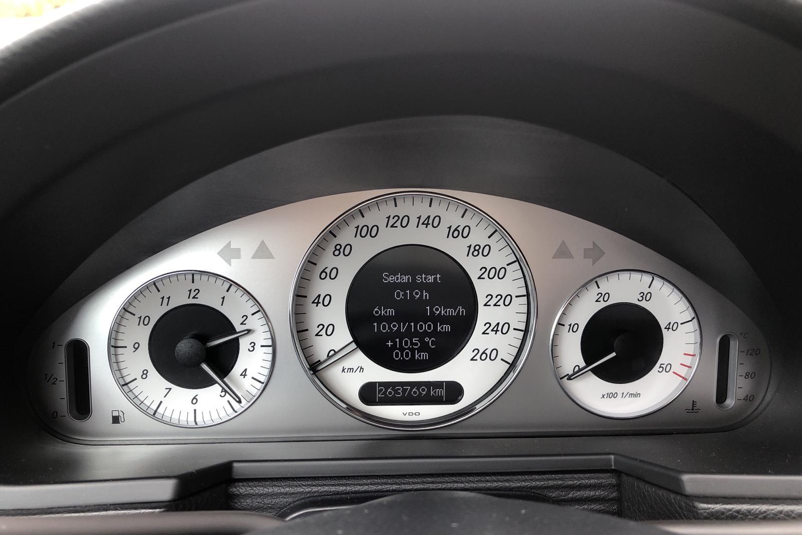 Mercedes E 220 CDI Kombi W211 (170hk) - 269 000 km - Automatic - black - 2010
