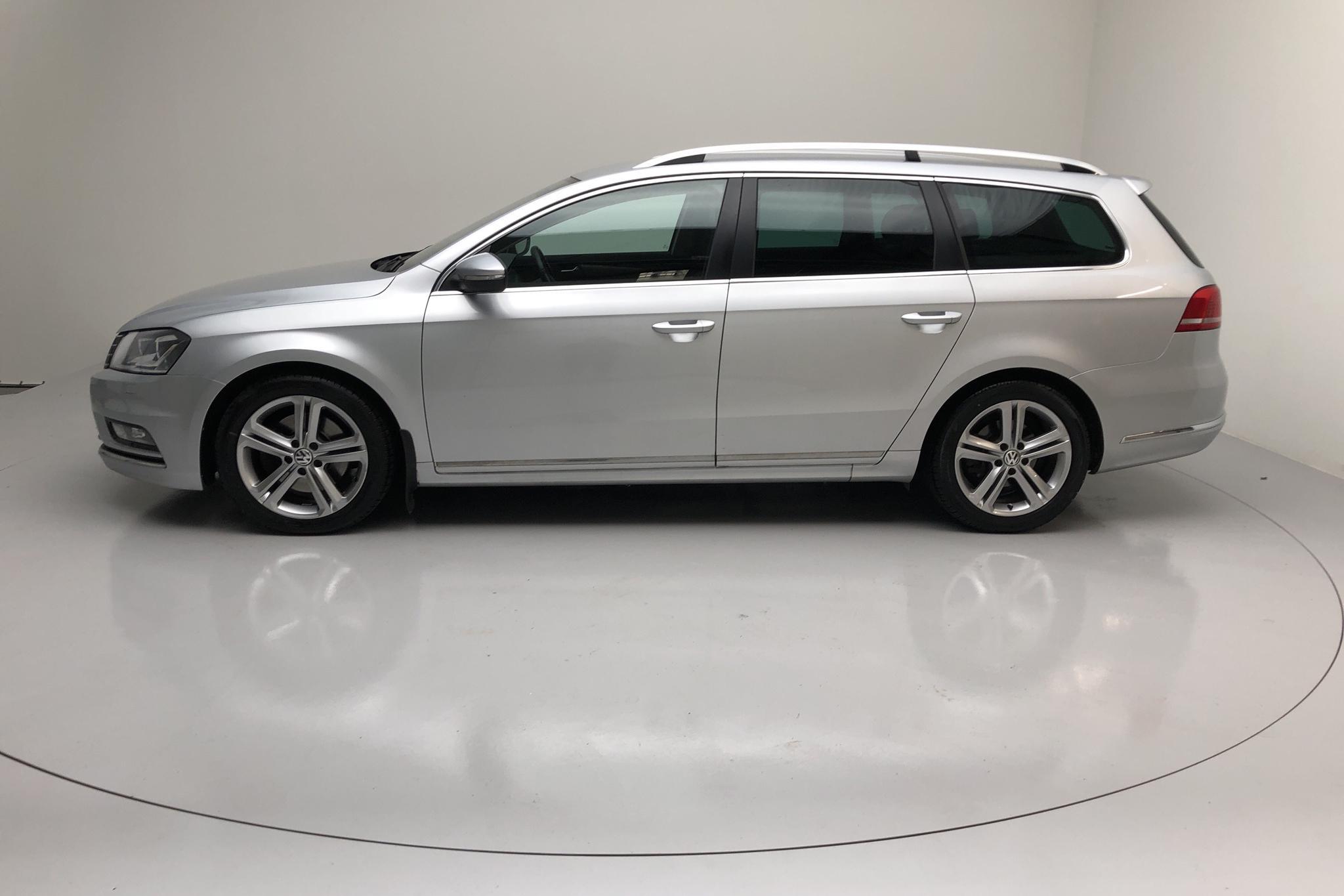 VW Passat 2.0 TDI BlueMotion Technology Variant 4Motion (177hk) - 117 000 km - Automatic - silver - 2014