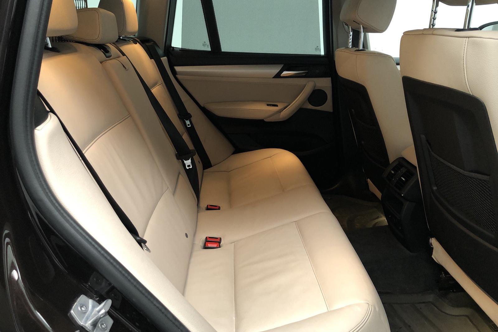 BMW X3 xDrive30d, F25 (258hk) - 165 000 km - Automatic - brown - 2016