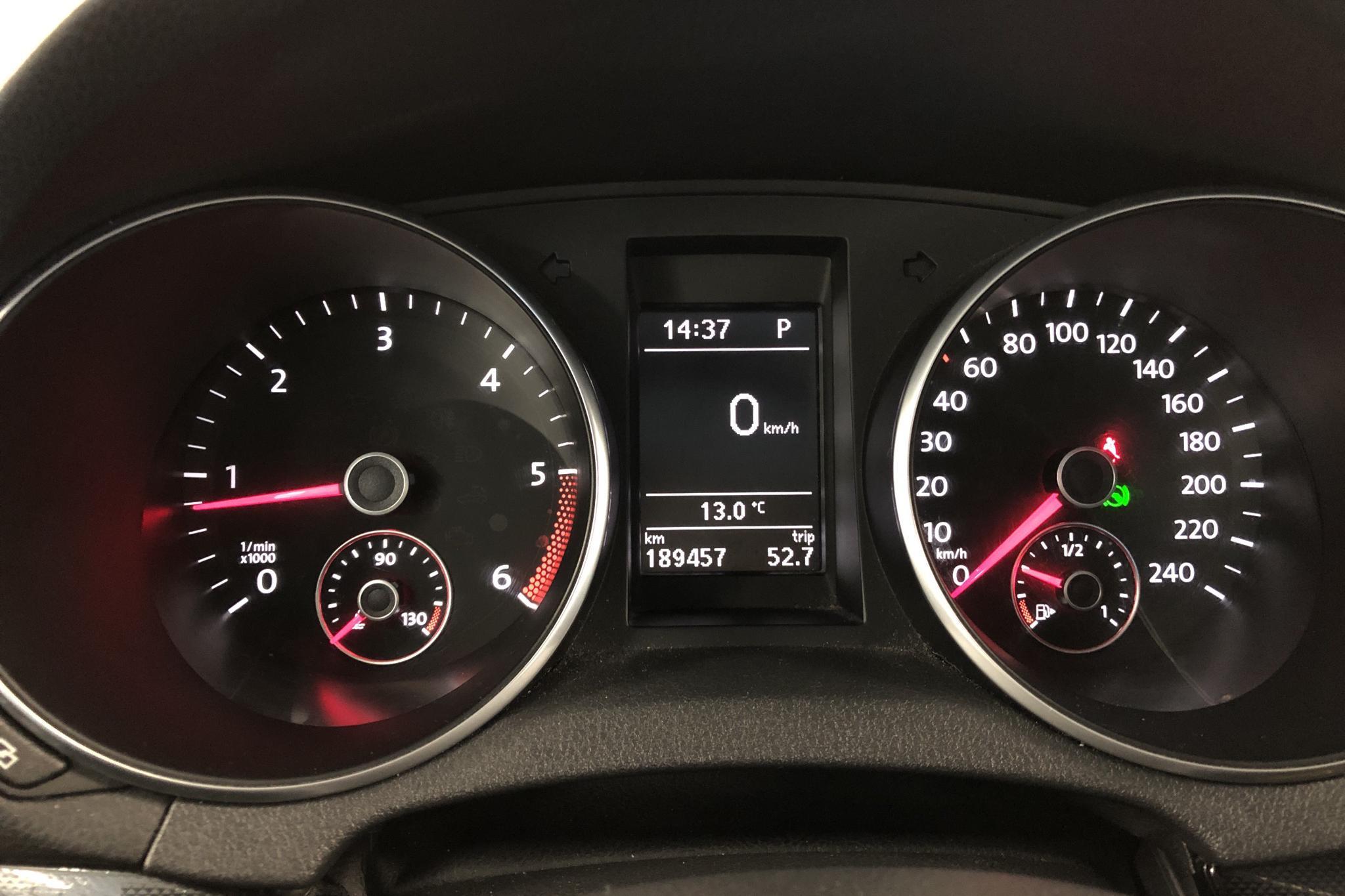 VW Golf VI 1.6 TDI BlueMotion Technology 5dr (105hk) - 0 km - Automatic - silver - 2011