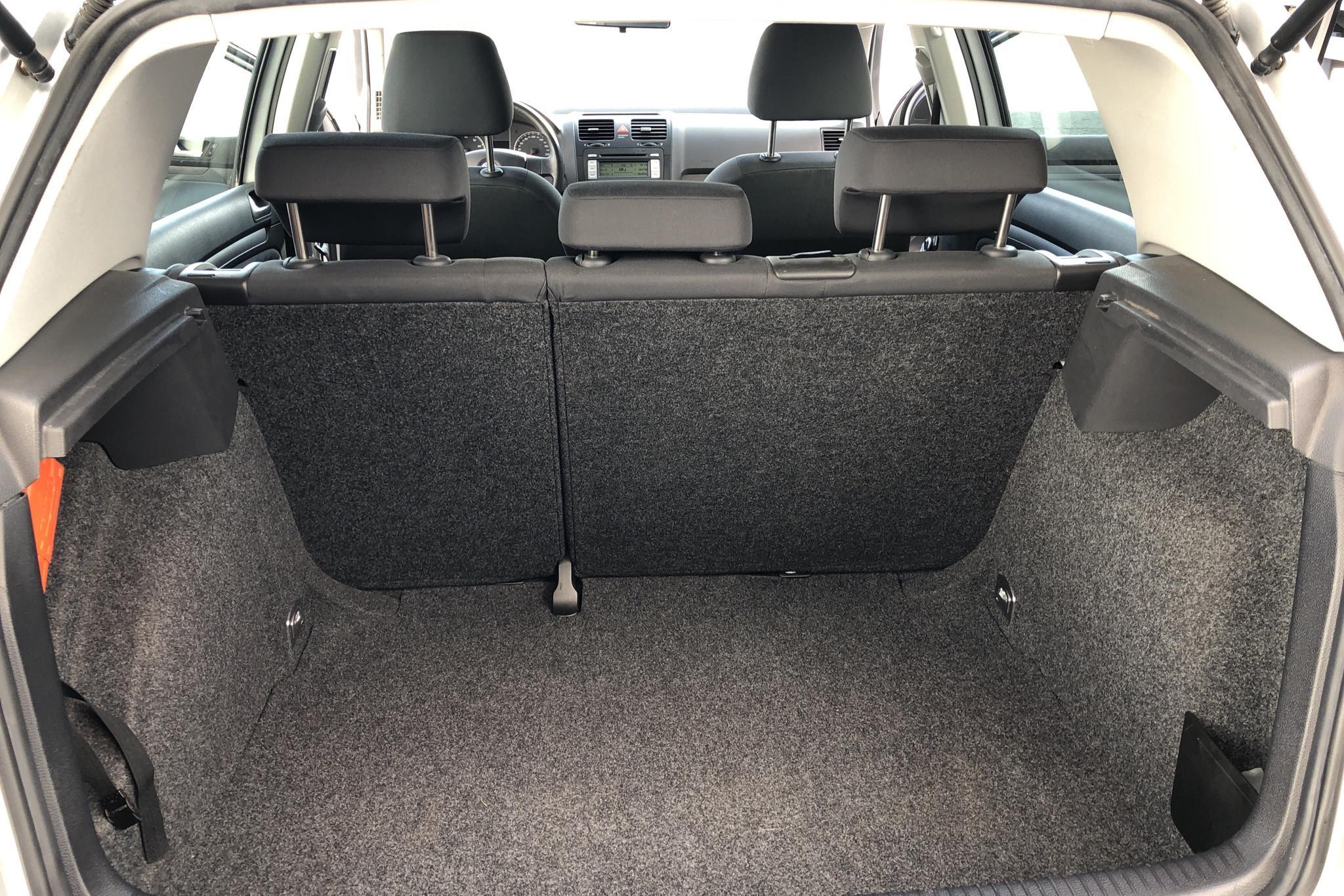 VW Golf A5 1.6 5dr (102hk) - 0 km - Manual - silver - 2007