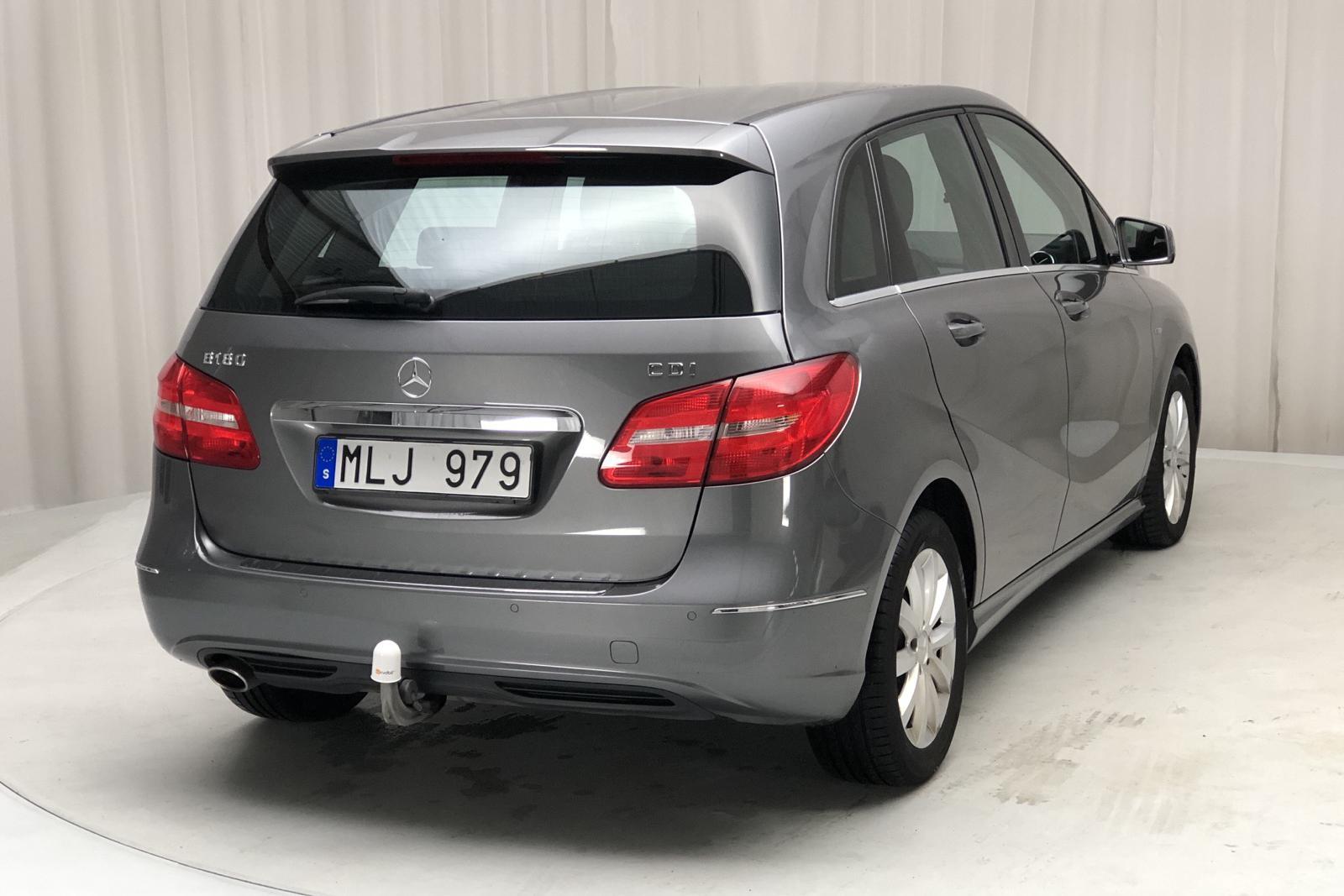 Mercedes B 180 CDI W246 (109hk) - 86 000 km - Dark Grey - 2012
