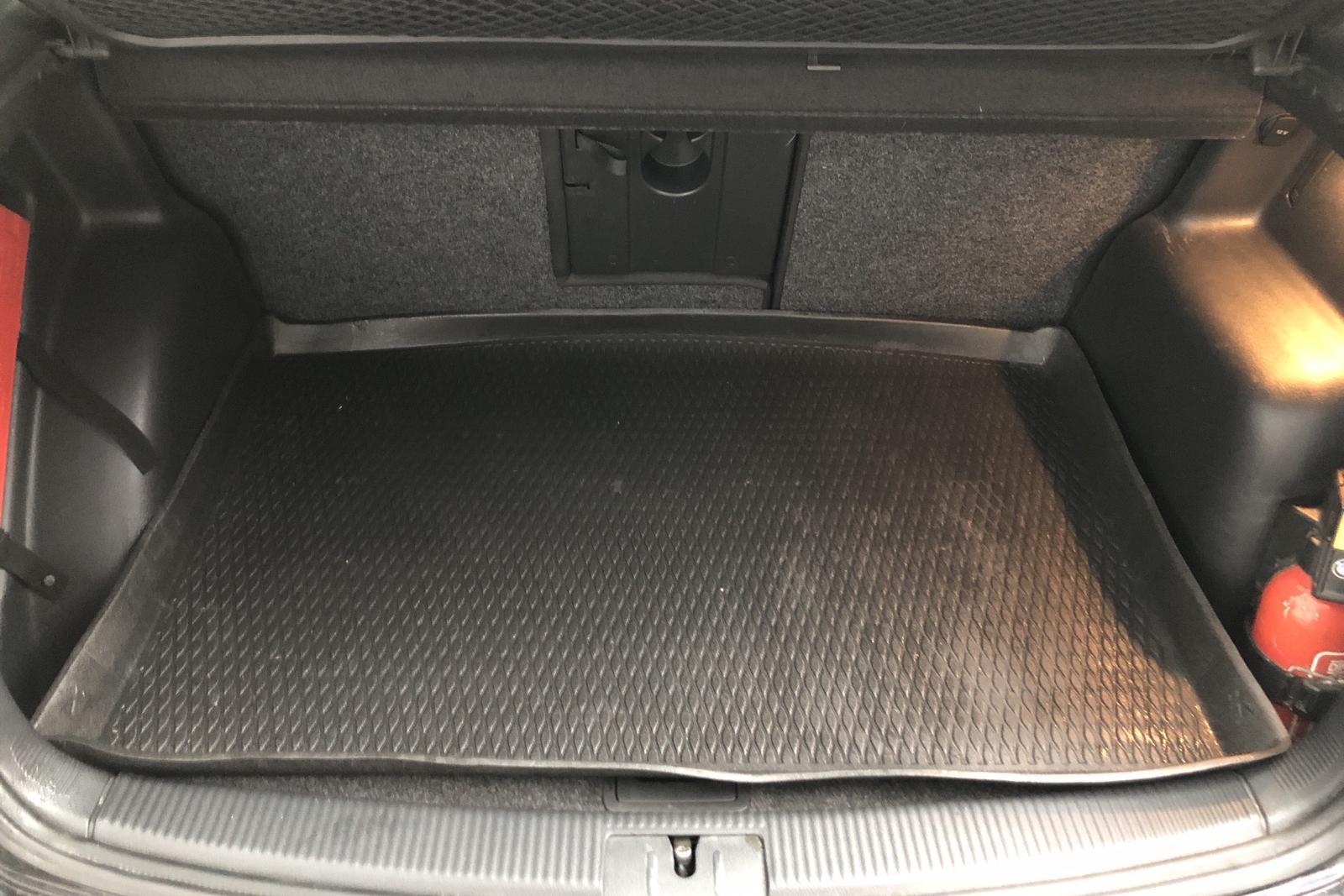VW Golf VI 1.6 TDI BlueMotion Technology Plus (105hk) - 85 870 km - Manual - black - 2012