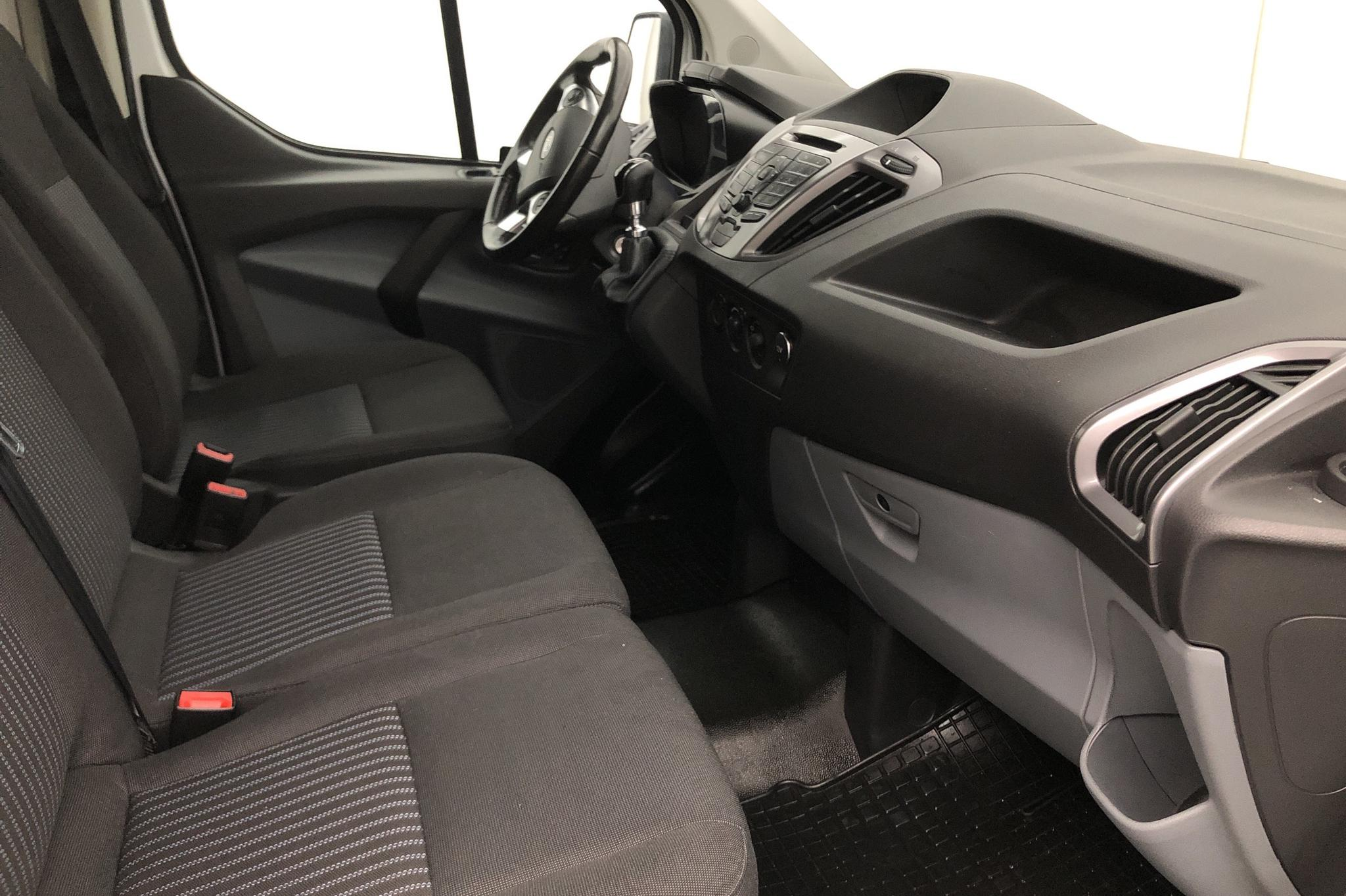 Ford Transit Custom 270 (125hk) - 179 000 km - Manual - white - 2016