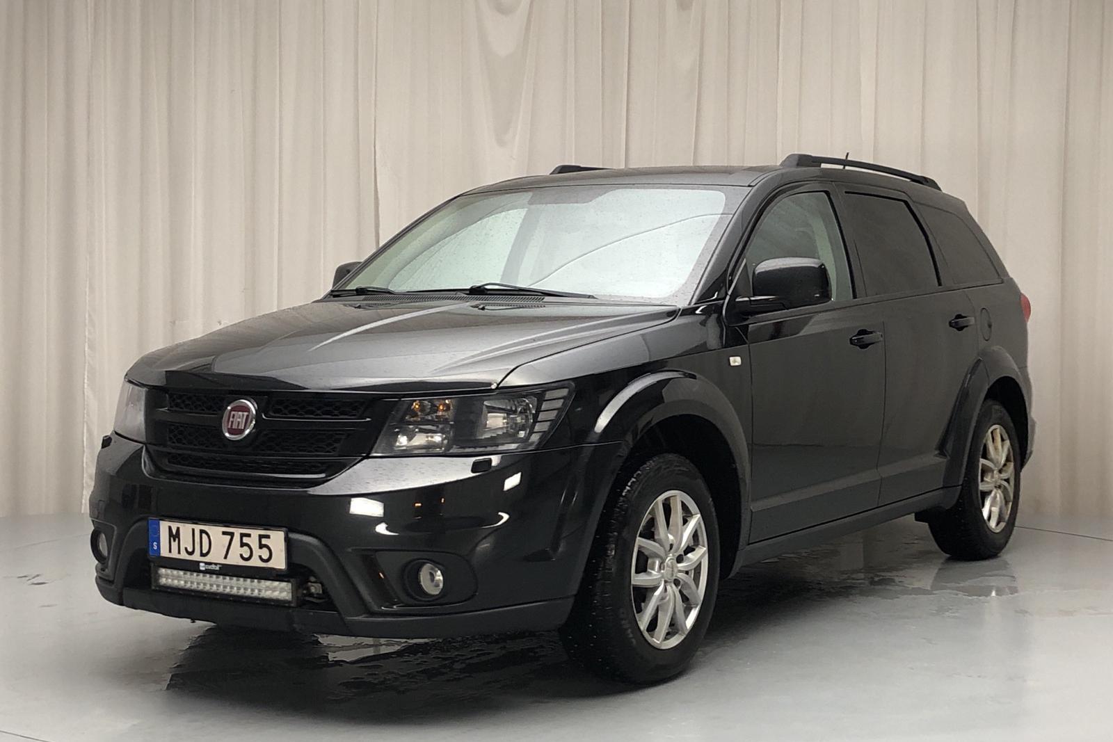 Fiat Freemont 2.0 Multijet AWD (170hk) - 16 235 mil - Automat - svart - 2014