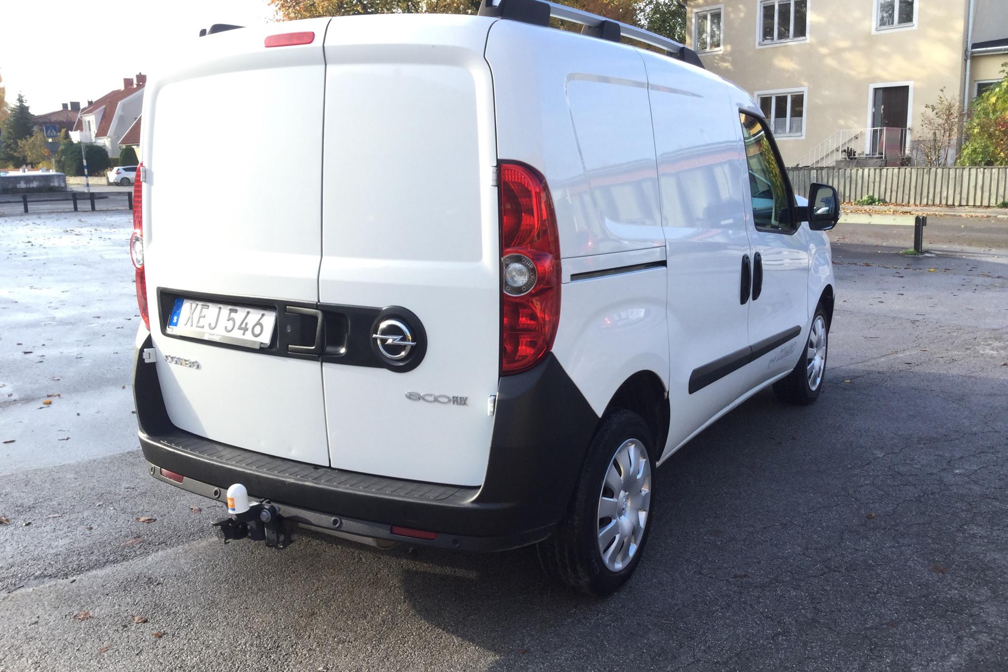 Opel Combo 1.4 CNG Skåp (120hk) - 3 483 mil - Manuell - vit - 2015