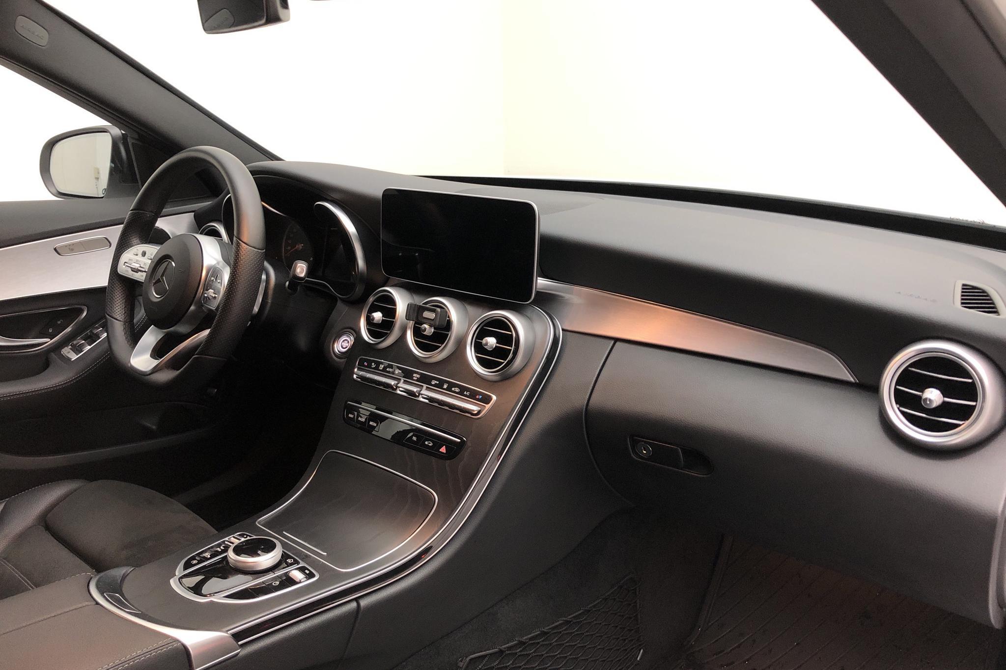 Mercedes C 220 d 4MATIC Kombi S205 (194hk) - 0 mil - vit - 2020