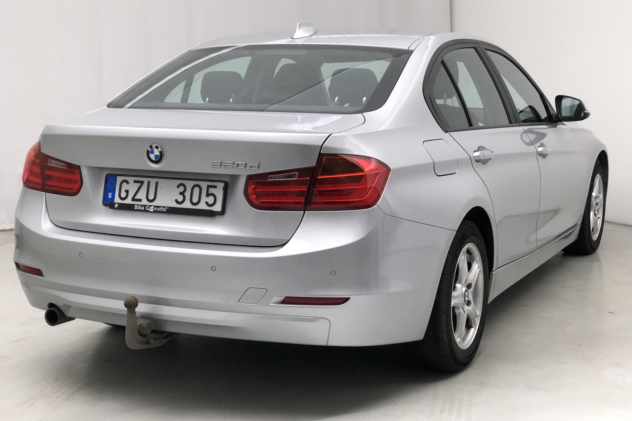 BMW 320d Sedan, F30 (184hk) - 97 026 km - Automatic - silver - 2013