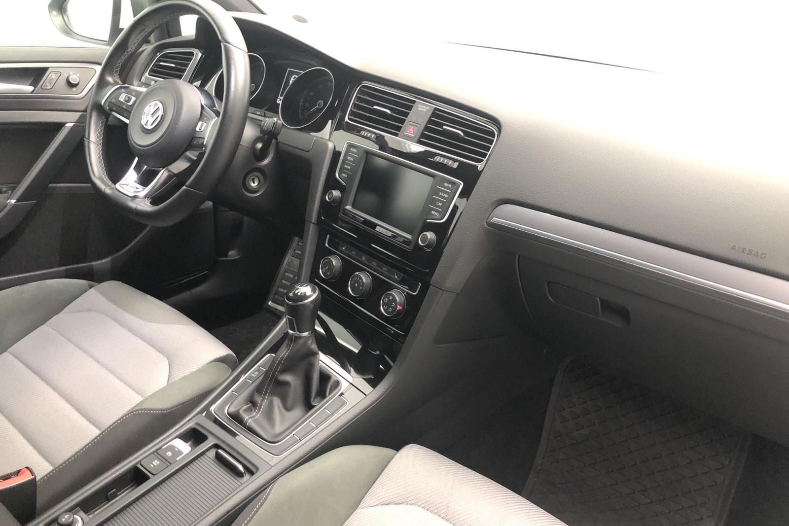 VW Golf VII 1.4 TSI 5dr (150hk) - 53 000 km - Manual - white - 2017