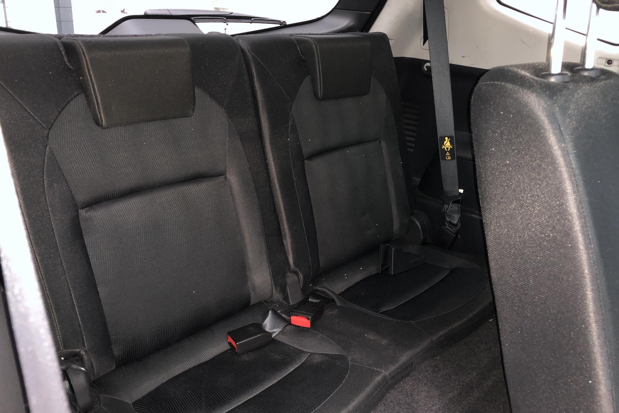 Nissan Qashqai+2 2.0 (140hk) - 13 400 mil - Manuell - svart - 2012