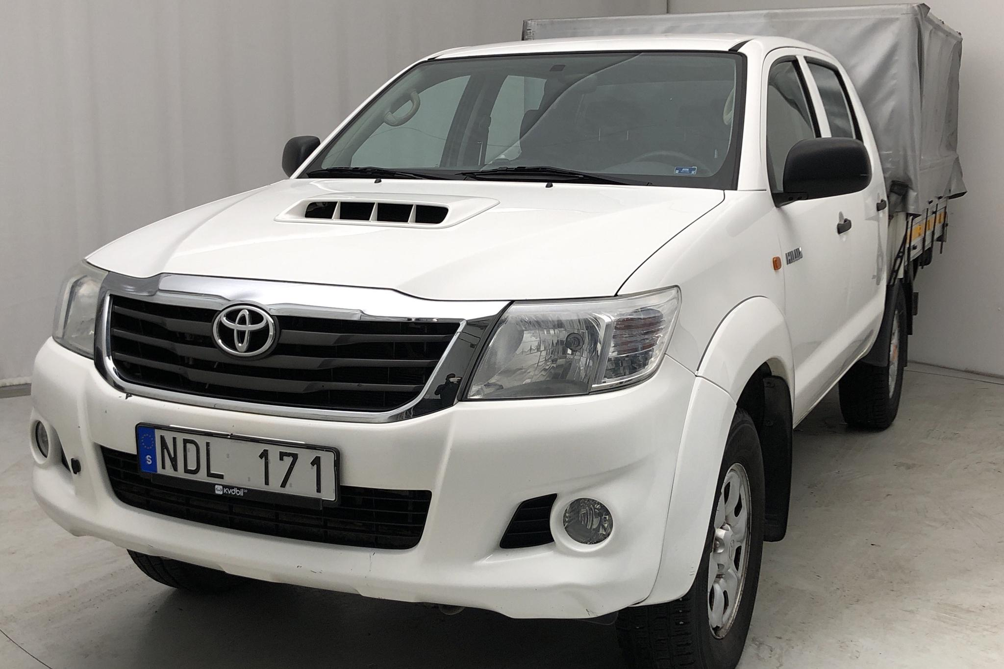 Toyota Hilux 2.5 4x4 (144hk) - 0 km - Manual - white - 2012