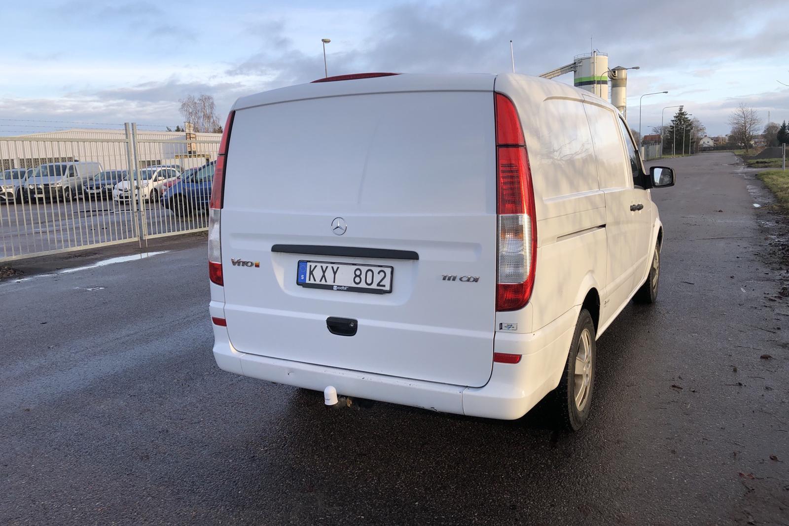 Mercedes Vito 111 CDI Skåp W639 (116hk) - 9 837 mil - Automat - vit - 2011