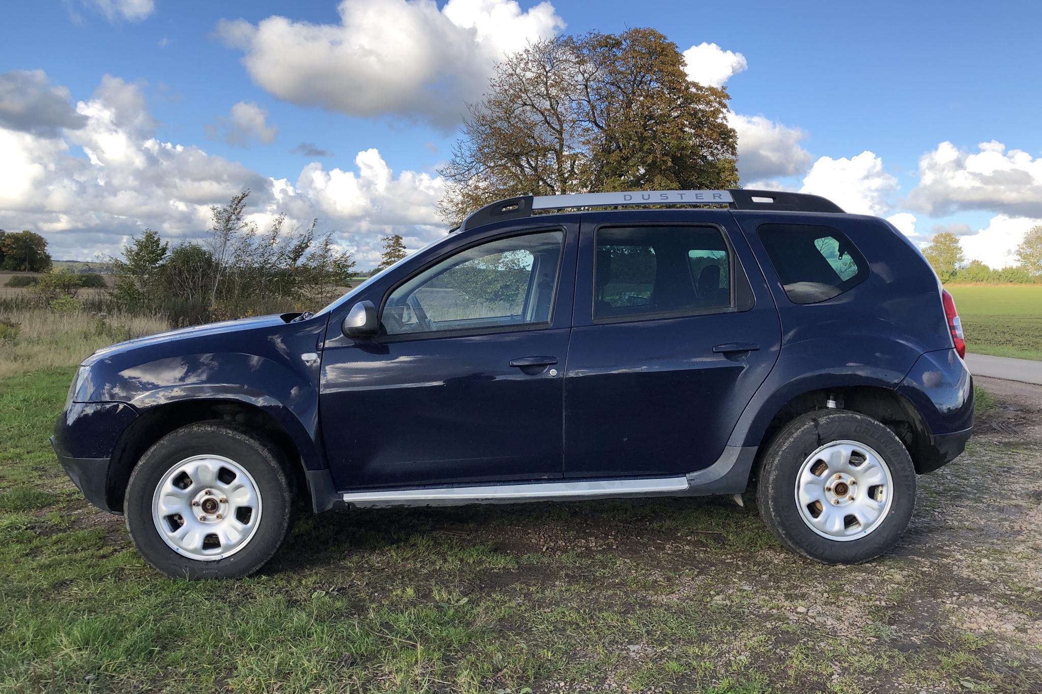 Dacia Duster 1.5 dCi 4x4 (109hk) - 0 km - blue - 2014