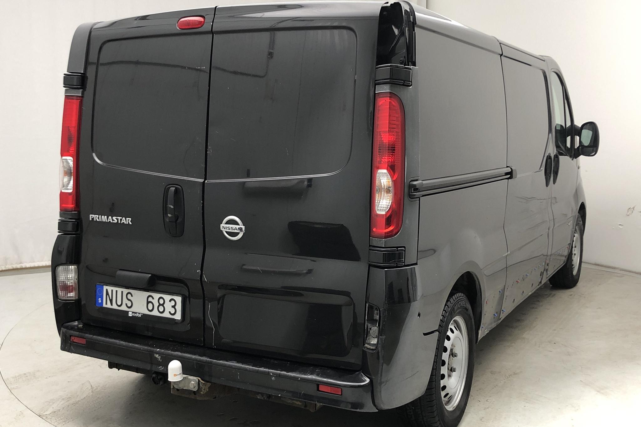 Nissan Primastar 2.0 dCi (114hk) - 16 031 mil - Manuell - svart - 2014