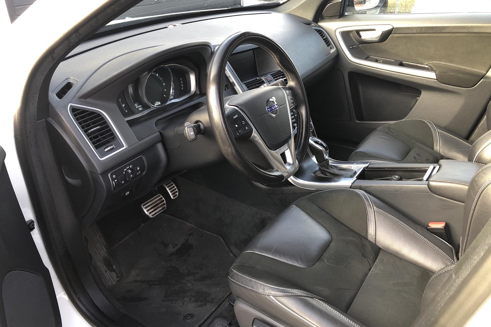 Volvo XC60 D4 AWD (190hk) - 209 290 km - Automatic - white - 2016