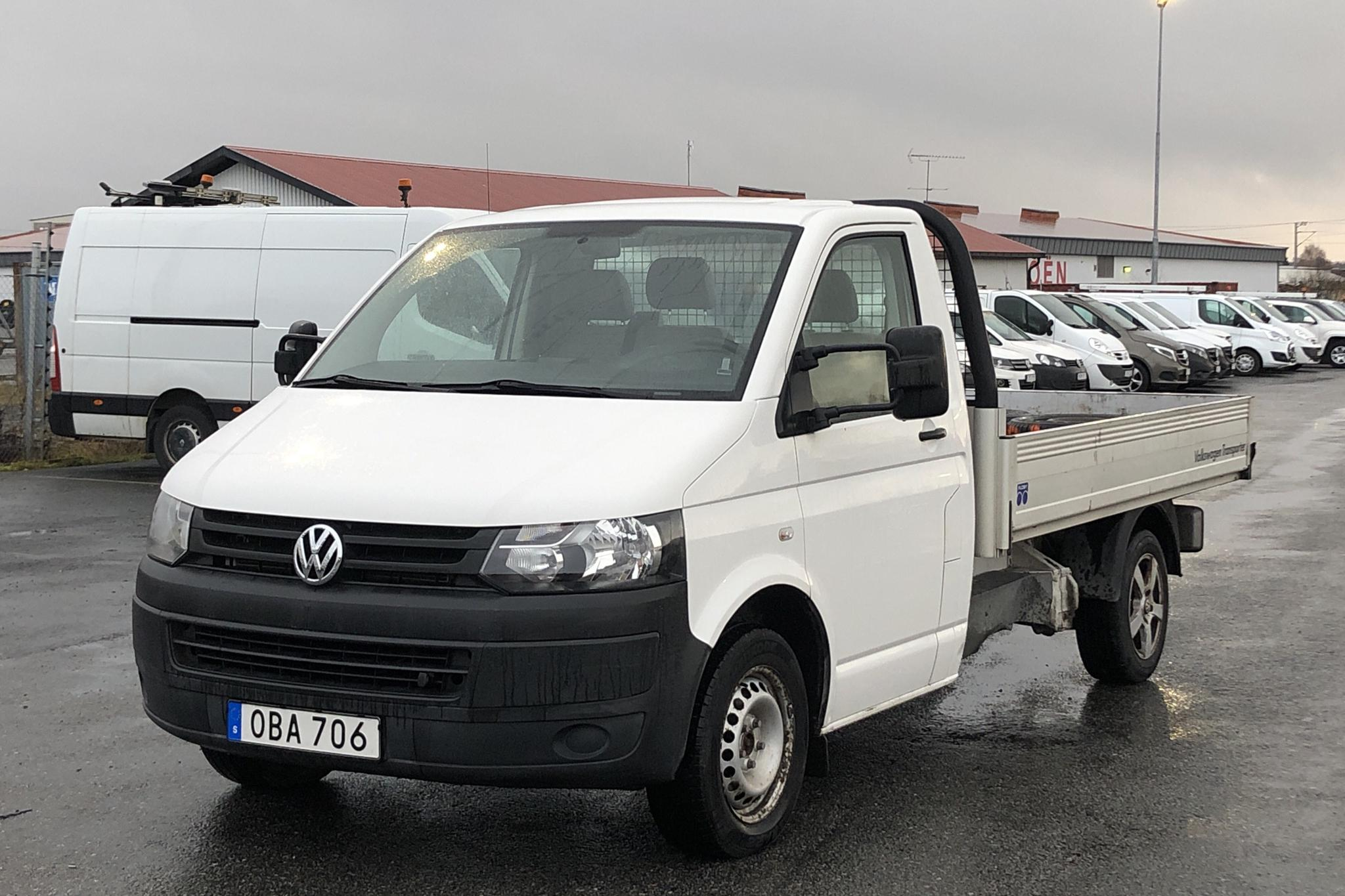 VW Transporter T5 2.0 TDI Pickup (102hk) - 79 770 km - Manual - white - 2014