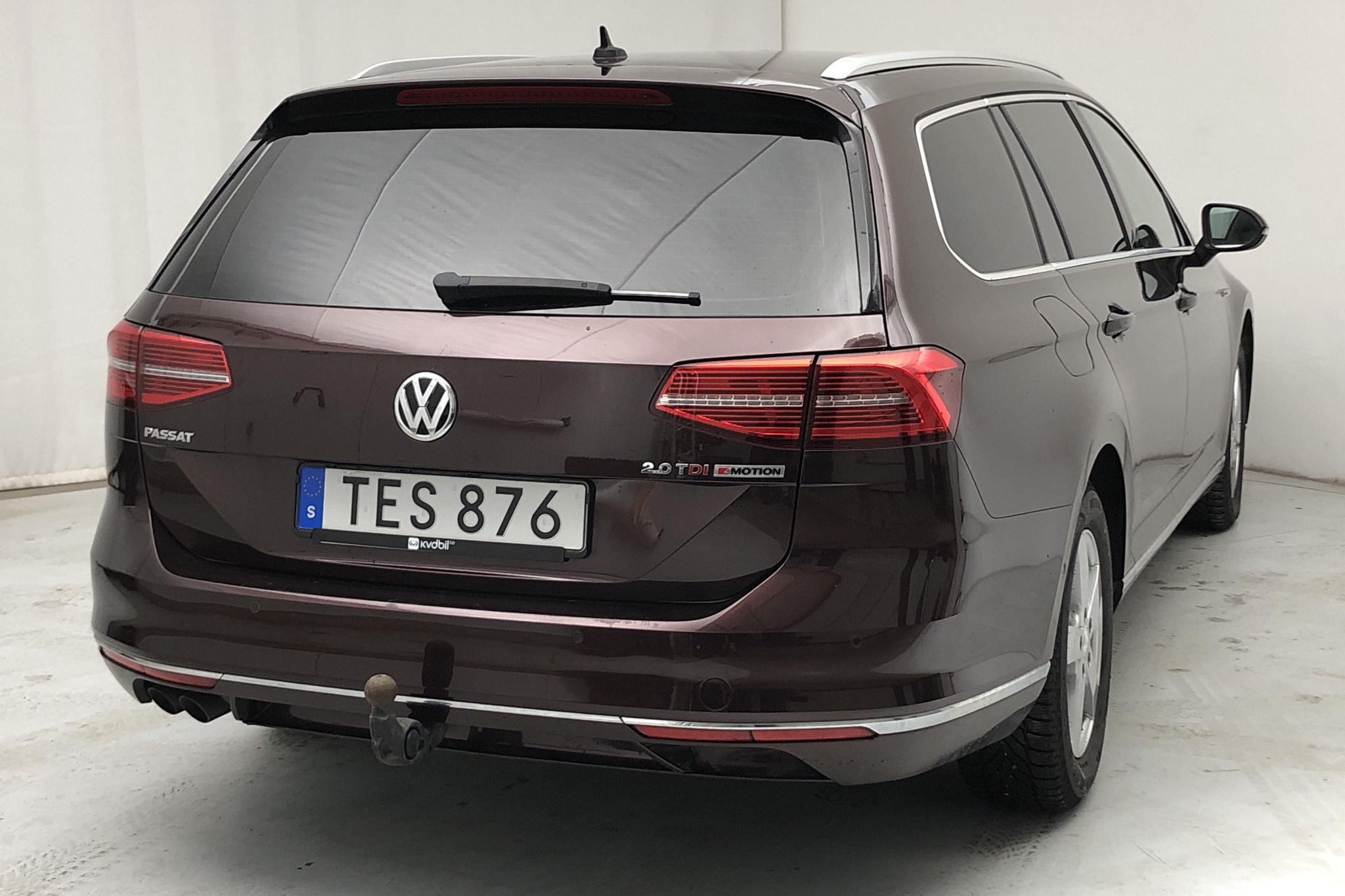 VW Passat 2.0 TDI Sportscombi 4MOTION (190hk) - 7 524 mil - Automat - Dark Red - 2016