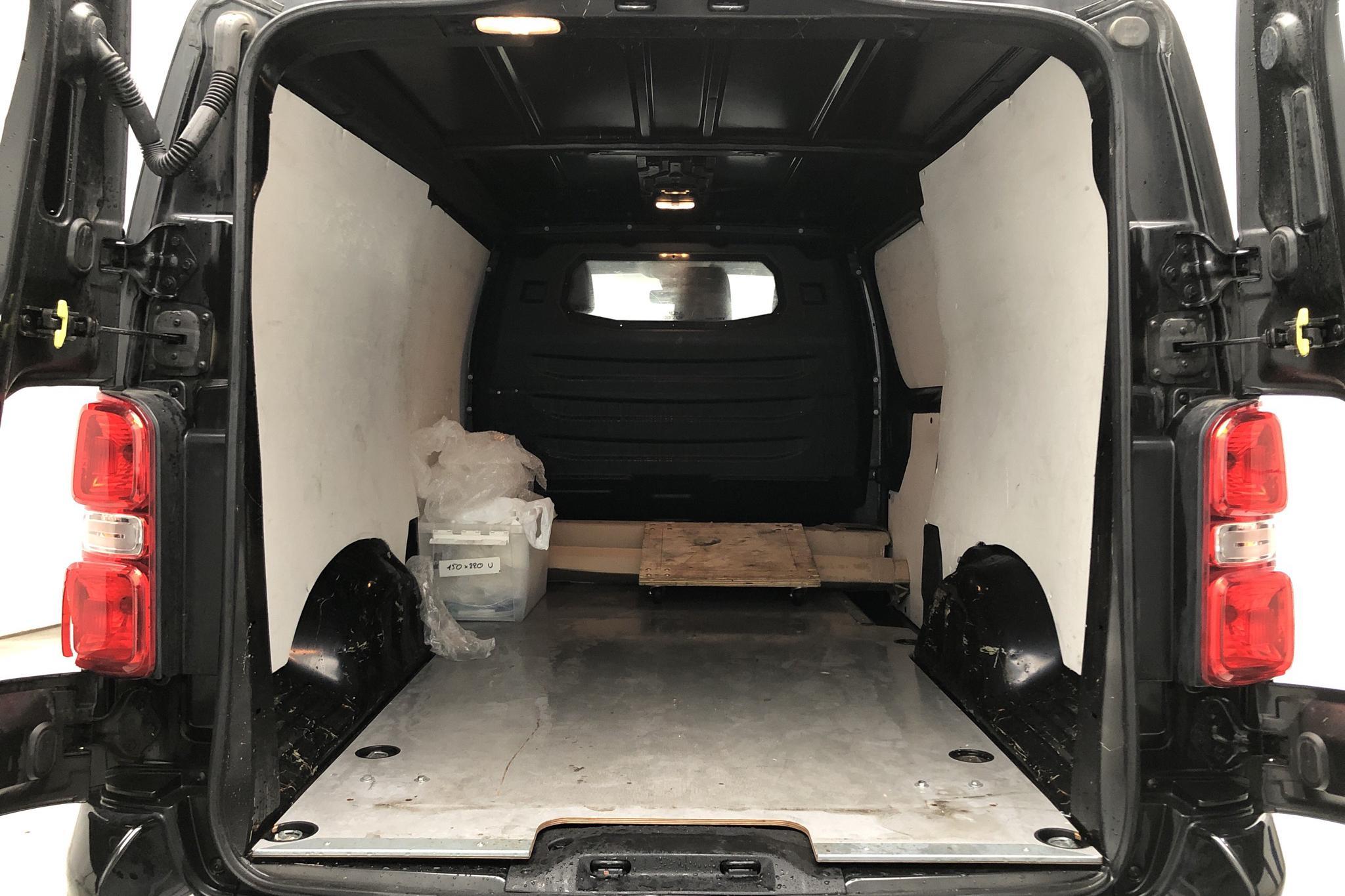 Peugeot Expert BlueHDi Skåp (180hk) - 5 957 mil - Automat - 2018