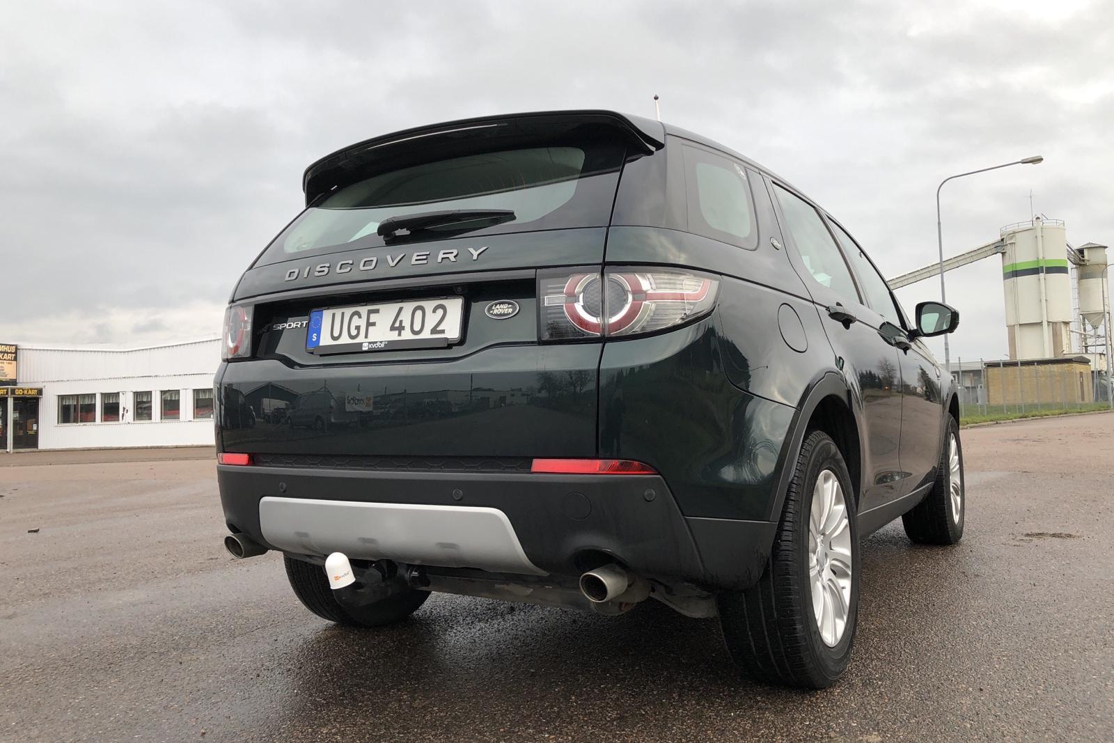 Land Rover Discovery Sport 2.0 TD4 AWD (180hk) - 6 628 mil - Automat - grön - 2016