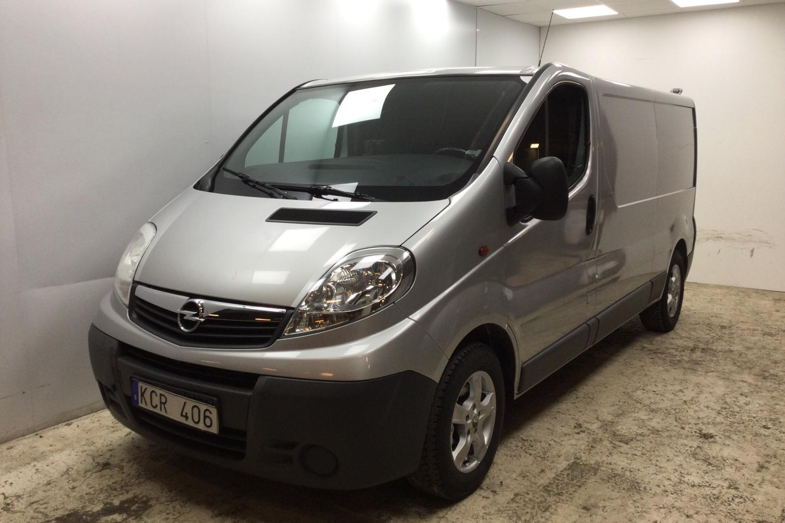 Opel Vivaro 2.5 DTI (146hk) - 122 870 km - Manual - gray - 2010