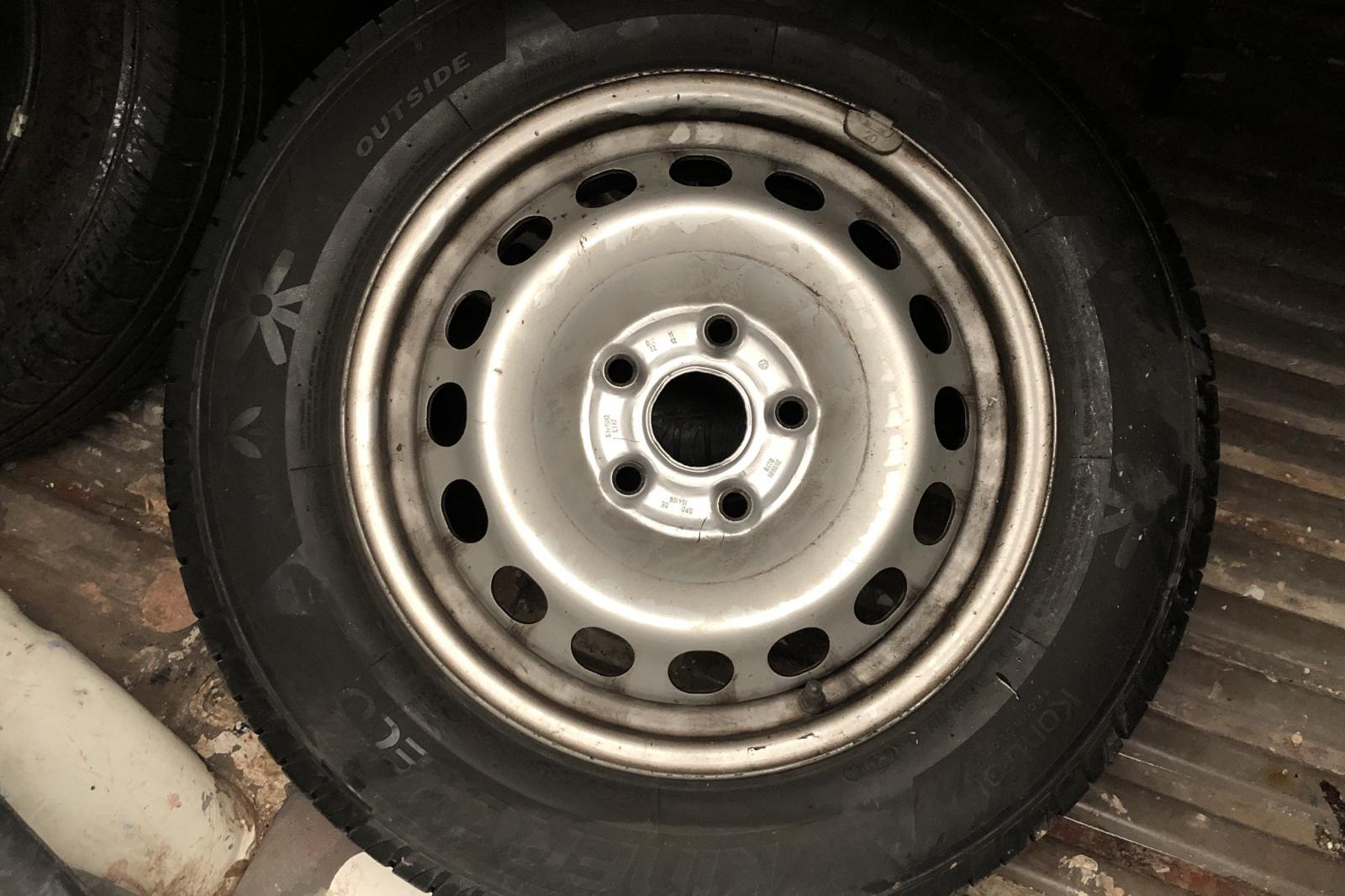VW Caddy 1.4 Skåp (75hk) - 12 478 mil - Manuell - vit - 2006