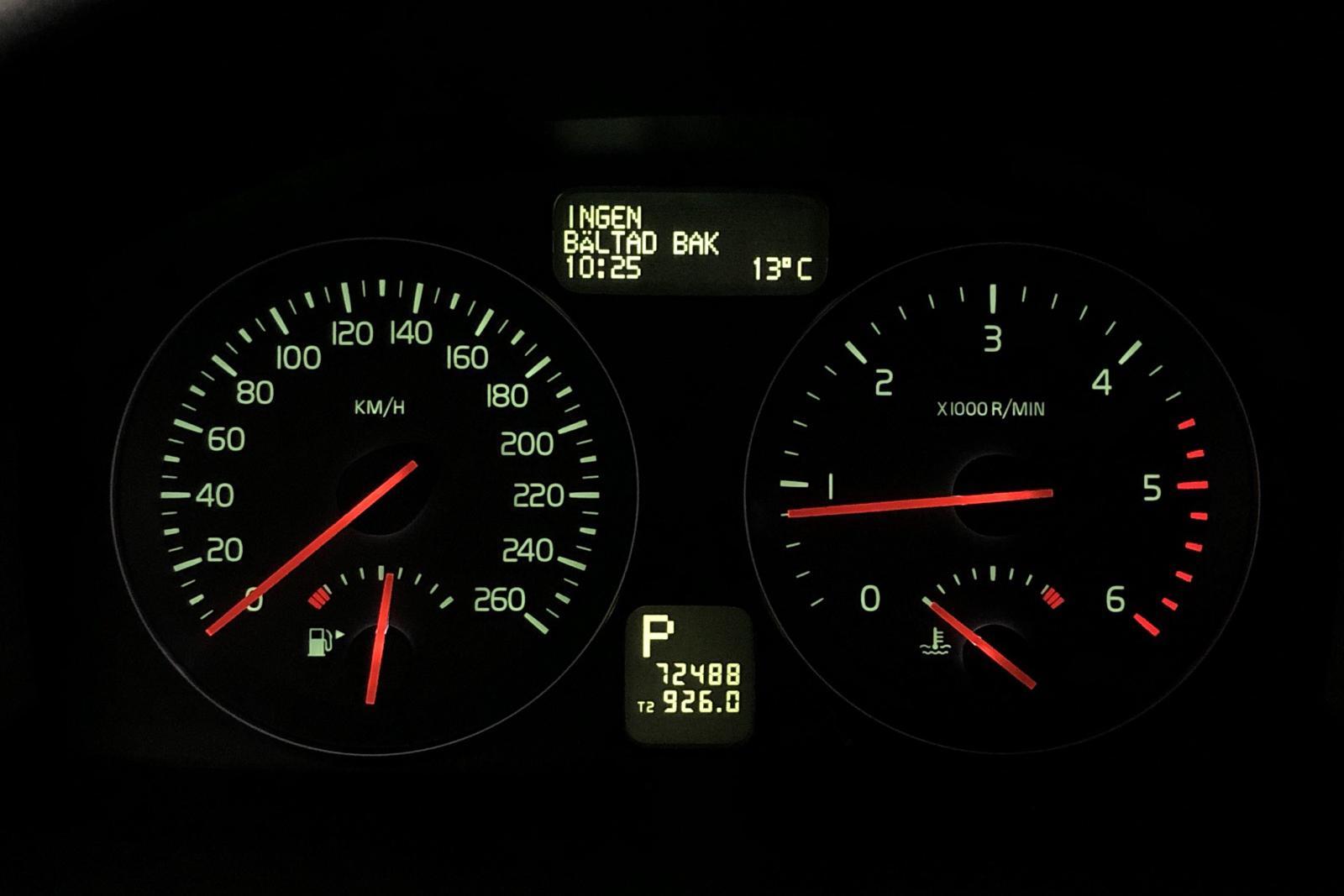 Volvo V50 D3 (150hk) - 72 480 km - Automatic - red - 2012
