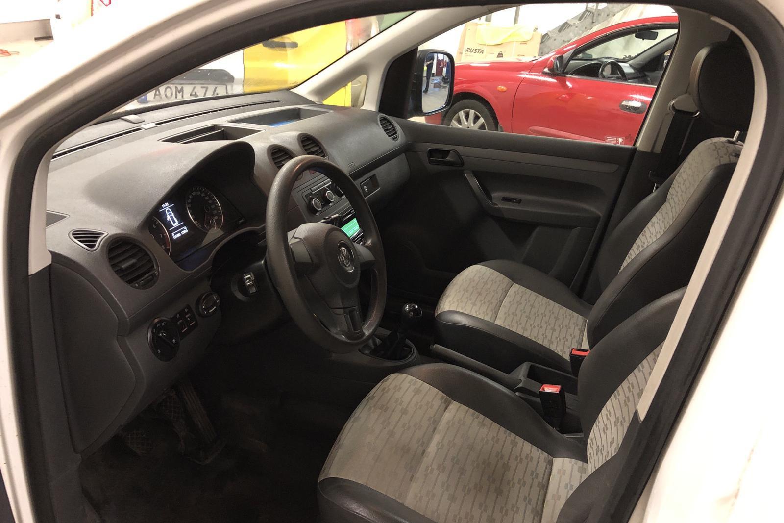 VW Caddy 2.0 Ecofuel Skåp (109hk) - 131 400 km - Manual - white - 2012