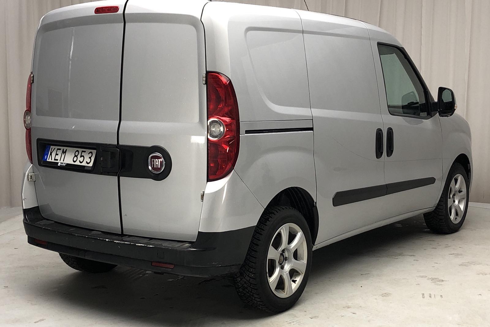 Fiat Doblo Cargo 1.3 Multijet (90hk) - 12 576 mil - Manuell - grå - 2011