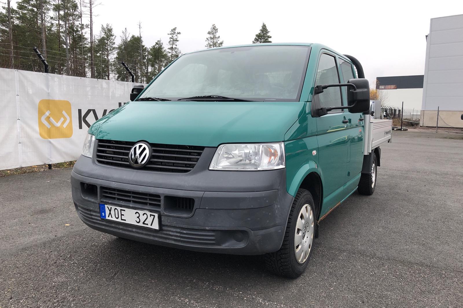 VW Transporter T5 1.9 TDI Pickup (102hk) - 12 199 mil - Manuell - grön - 2009