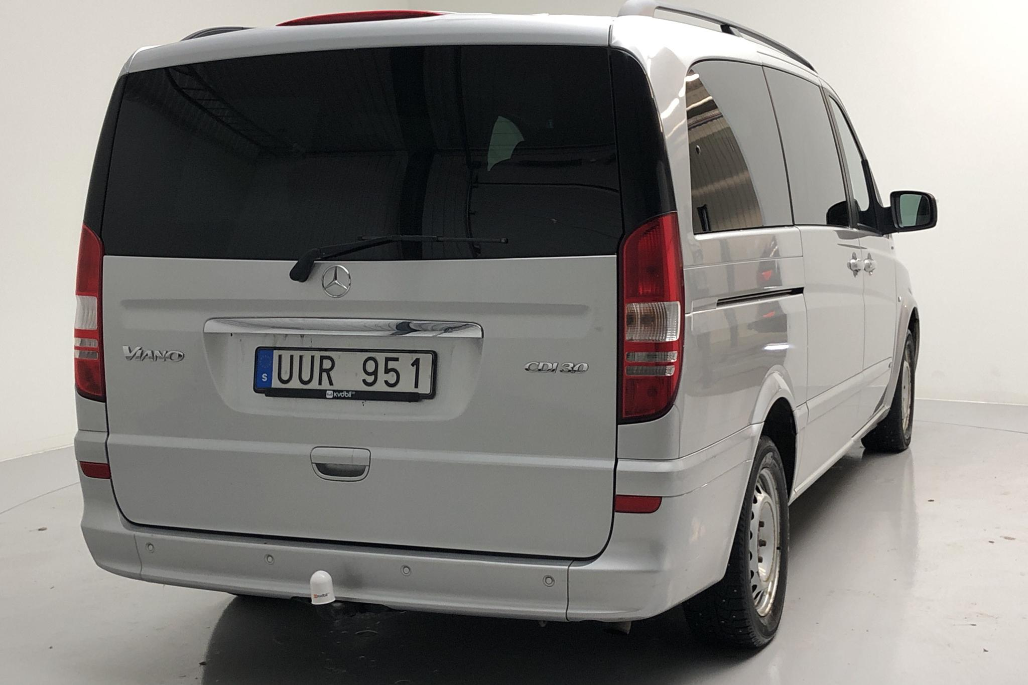 Mercedes Viano 3.0 CDI (224hk) - 25 051 mil - Automat - silver - 2013