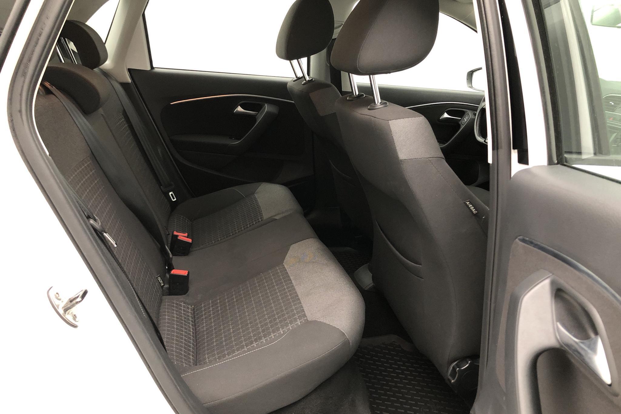 VW Polo 1.2 TSI 5dr (90hk) - 115 390 km - Manual - white - 2015