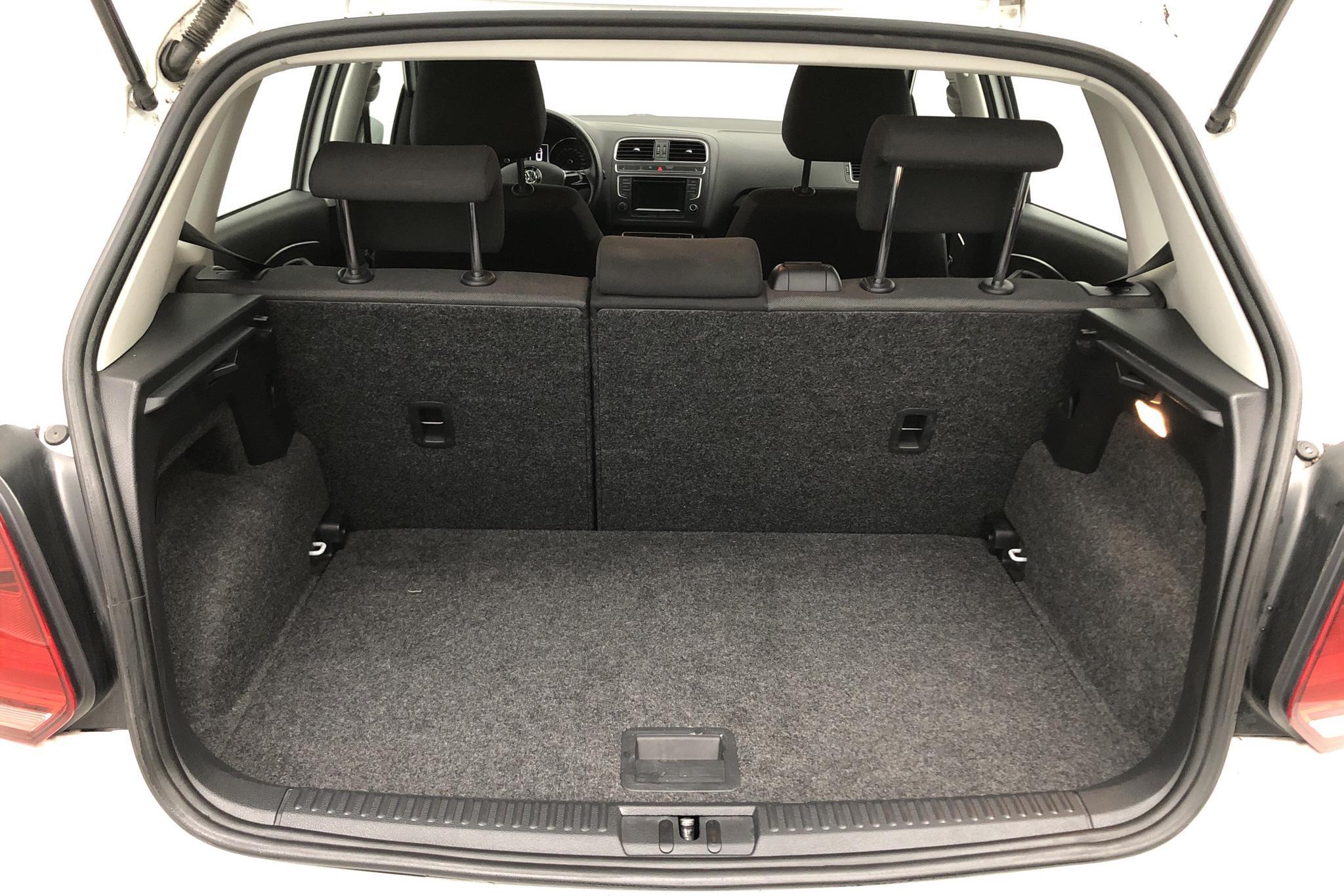 VW Polo 1.2 TSI 5dr (90hk) - 11 539 mil - Manuell - vit - 2015