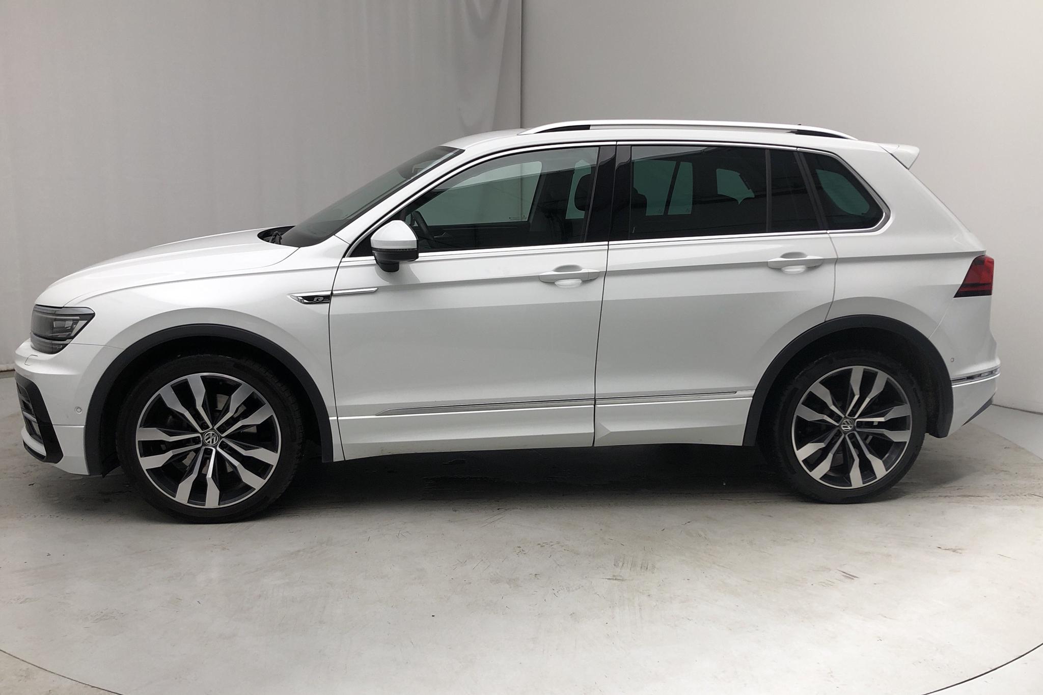 VW Tiguan 2.0 TDI 4MOTION (190hk) - 6 971 mil - Automat - vit - 2018