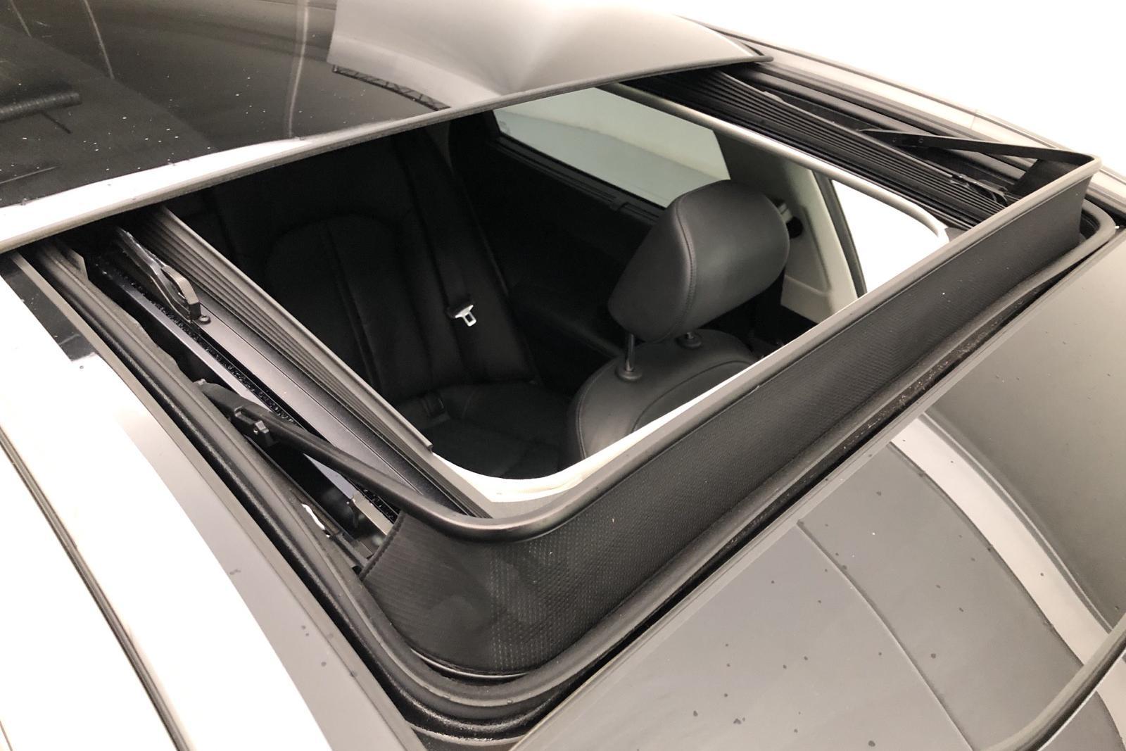 KIA Optima 2.0 GDi Plug-in Hybrid SW (205hk) - 70 550 km - Automatic - gray - 2018