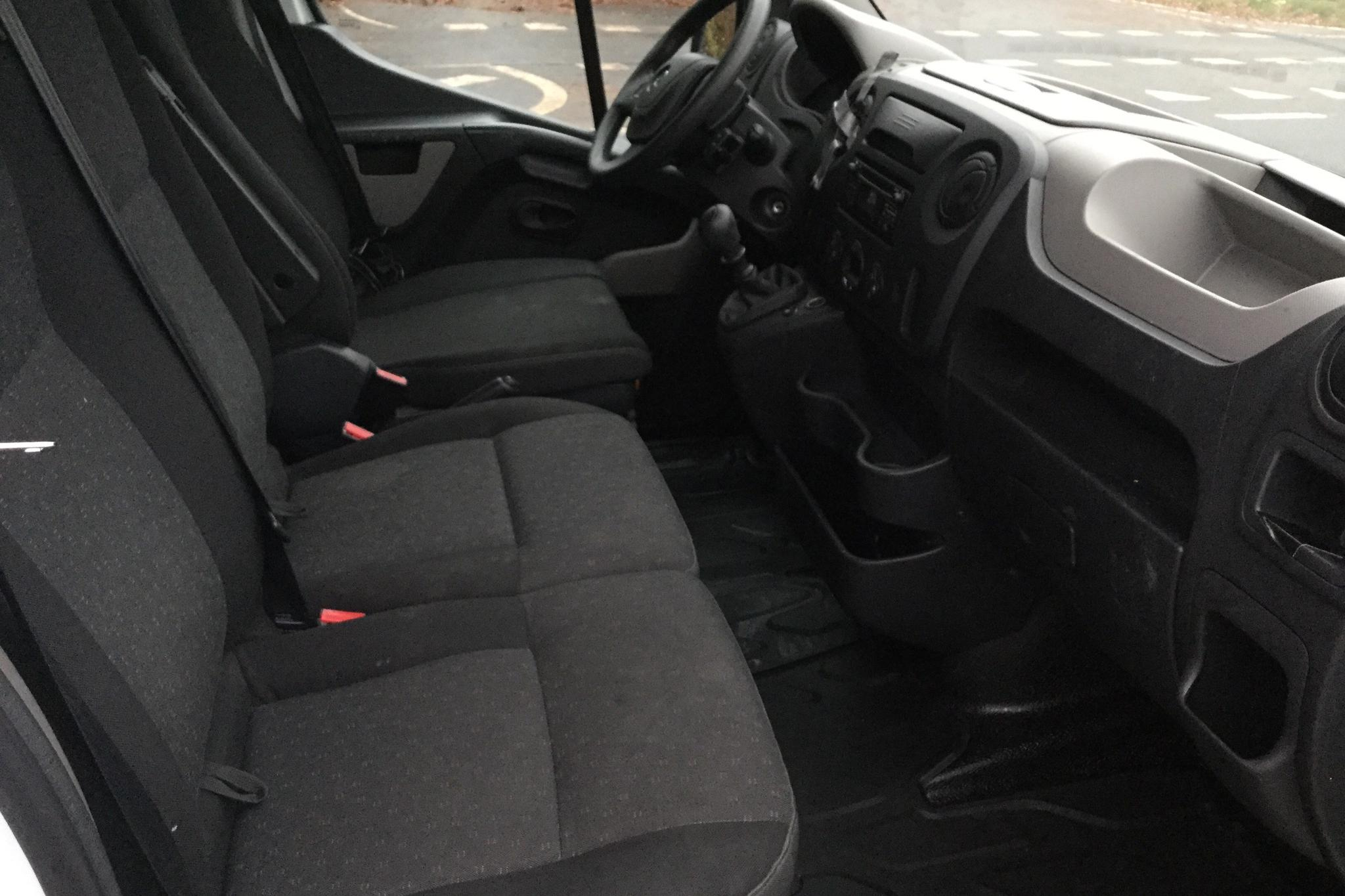 Opel Movano 2.3 CDTI 2WD Skåp (125hk) - 5 259 mil - Manuell - vit - 2016