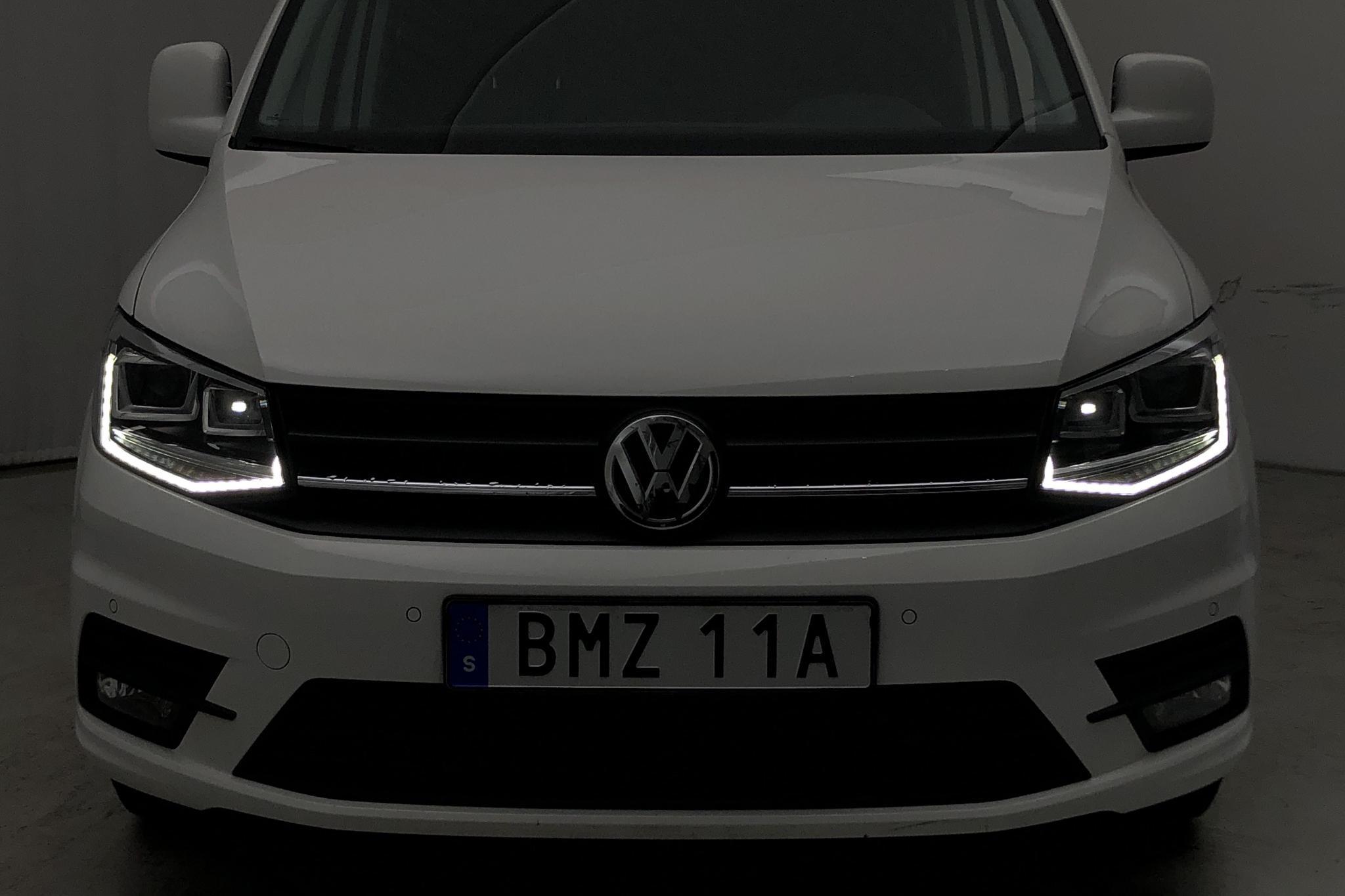 VW Caddy 2.0 TDI Skåp (102hk) - 1 231 mil - Automat - vit - 2020