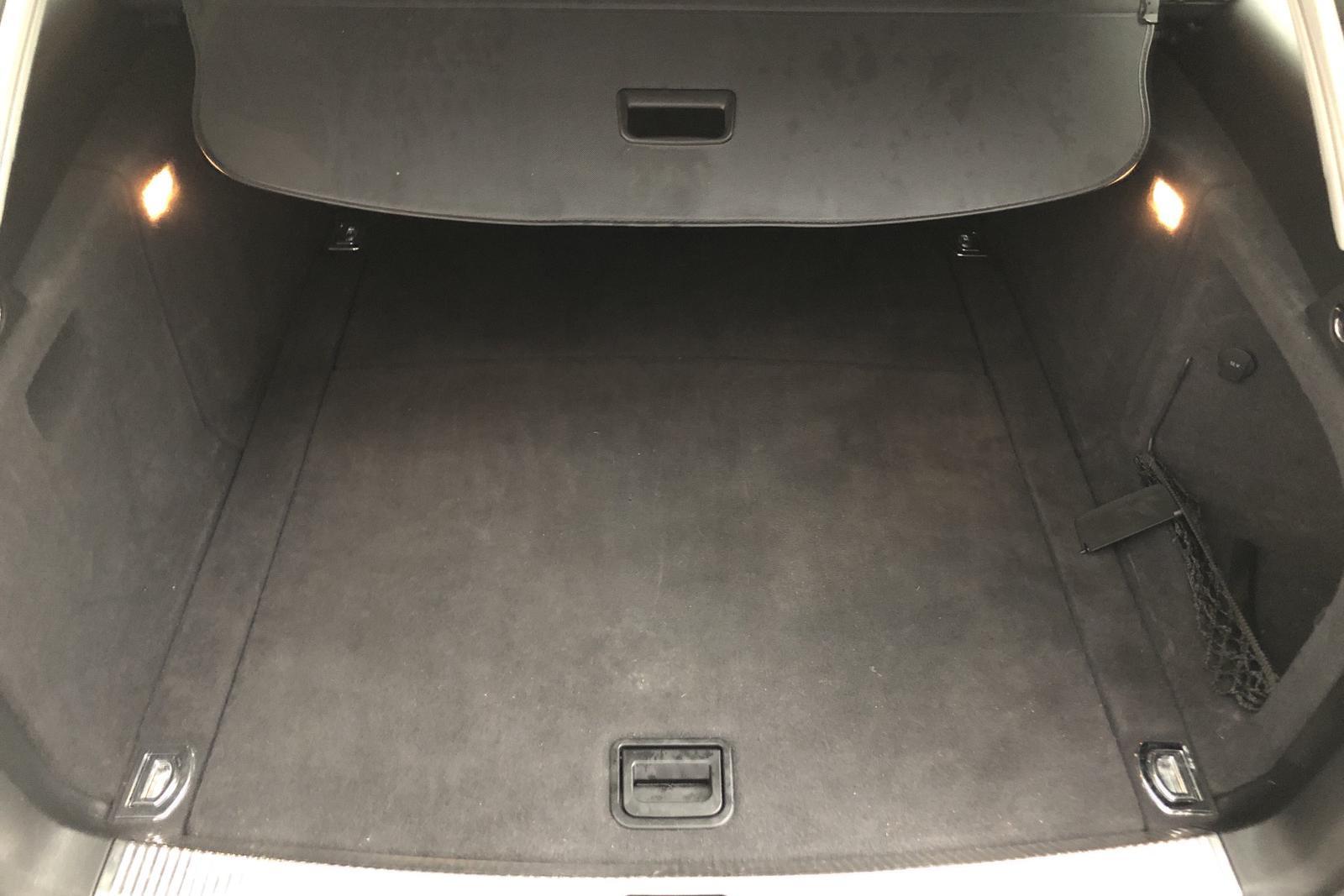 Audi A4 2.0 TFSI E85 Avant quattro (180hk) - 15 773 mil - Manuell - vit - 2011