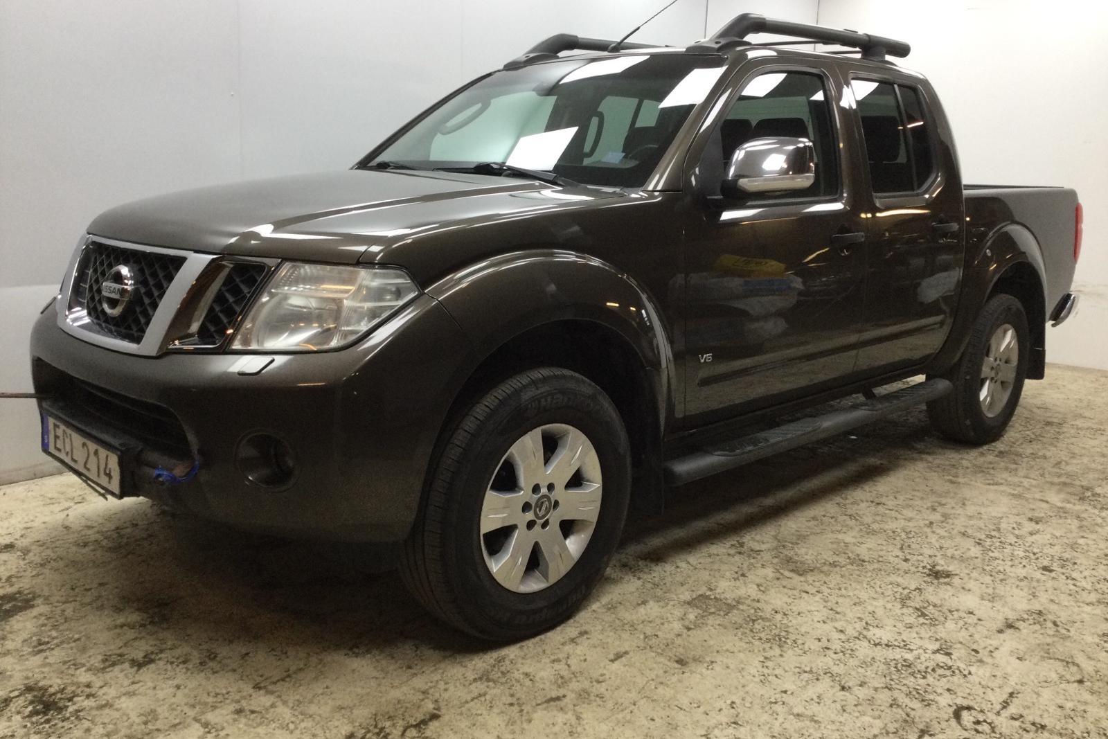 Nissan Navara 3.0 dCi V6 (231hk) - 163 160 km - Automatic - brown - 2015
