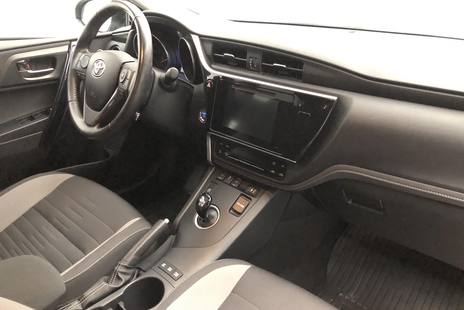 Toyota Auris 1.8 HSD Touring Sports (99hk) - 106 190 km - Automatic - Dark Grey - 2016
