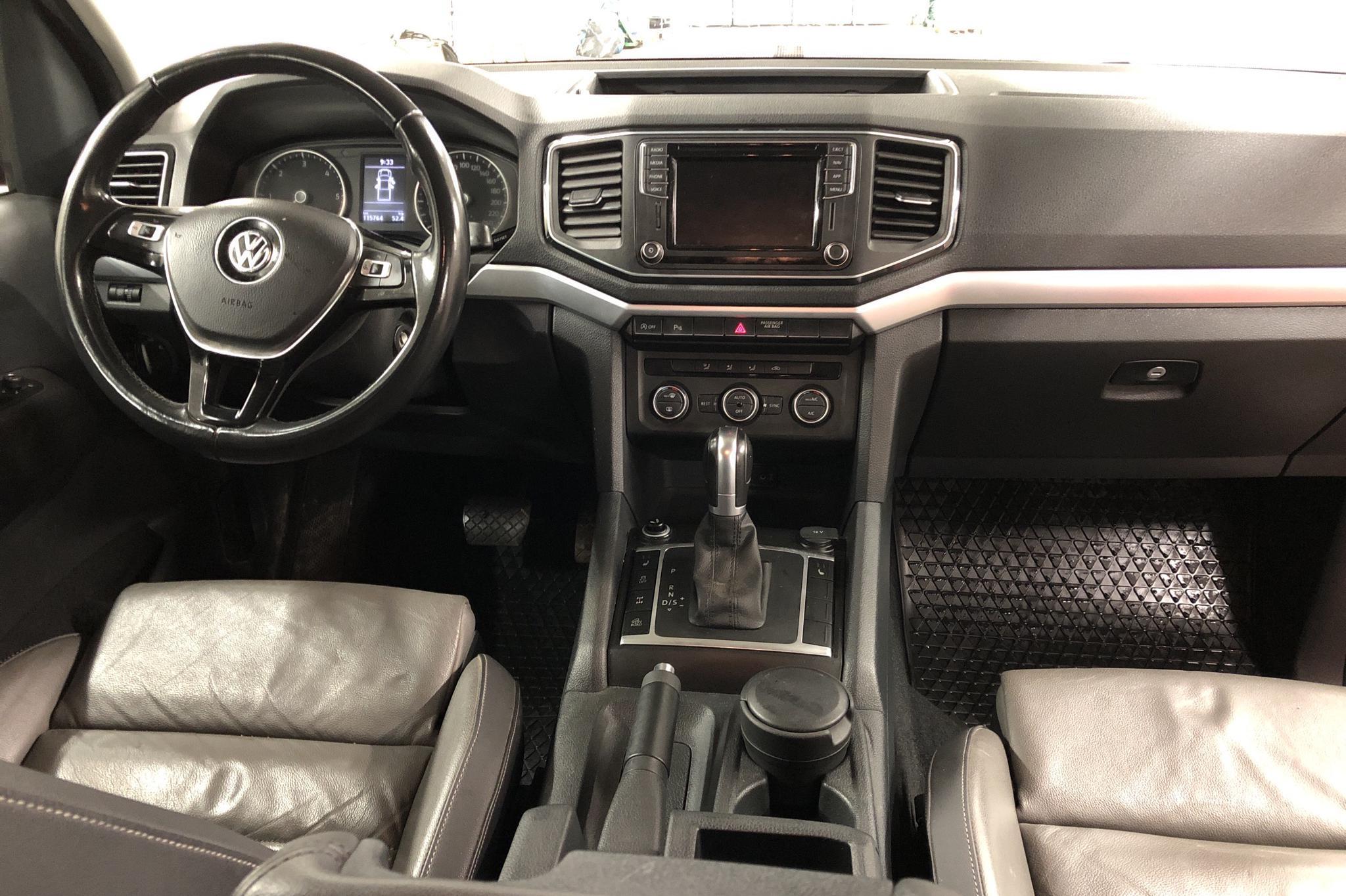 VW Amarok 3.0 TDI 4motion (224hk) - 11 577 mil - Automat - röd - 2018