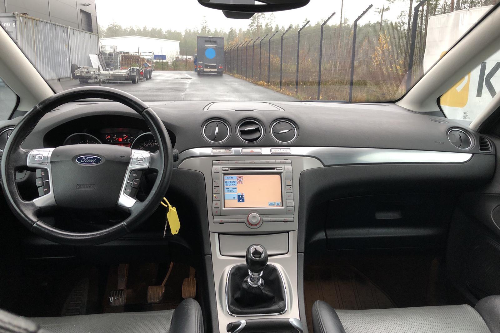 Ford S-MAX 2.5T (220hk) - 141 300 km - Manual - black - 2007