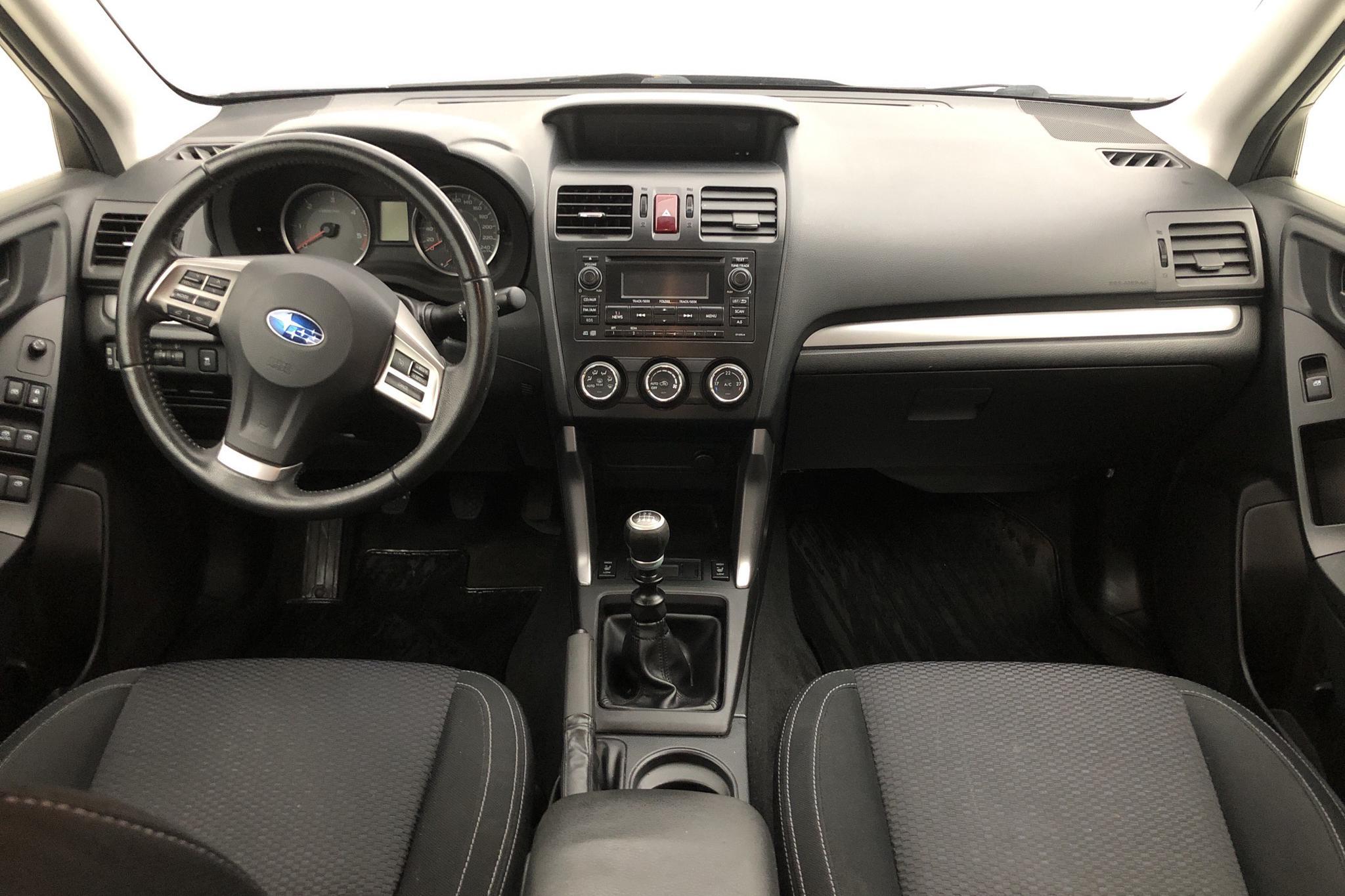 Subaru Forester 2.0D (147hk) - 182 400 km - Manual - black - 2013