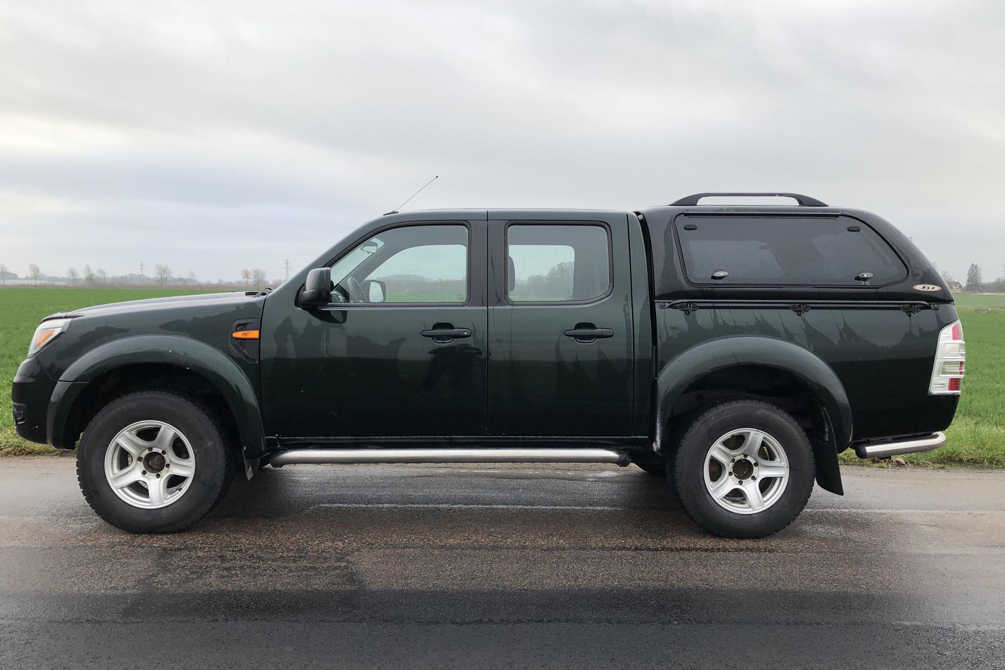 Ford Ranger 2.5 TDCi 4WD (143hk) - 17 118 mil - Manuell - grön - 2011