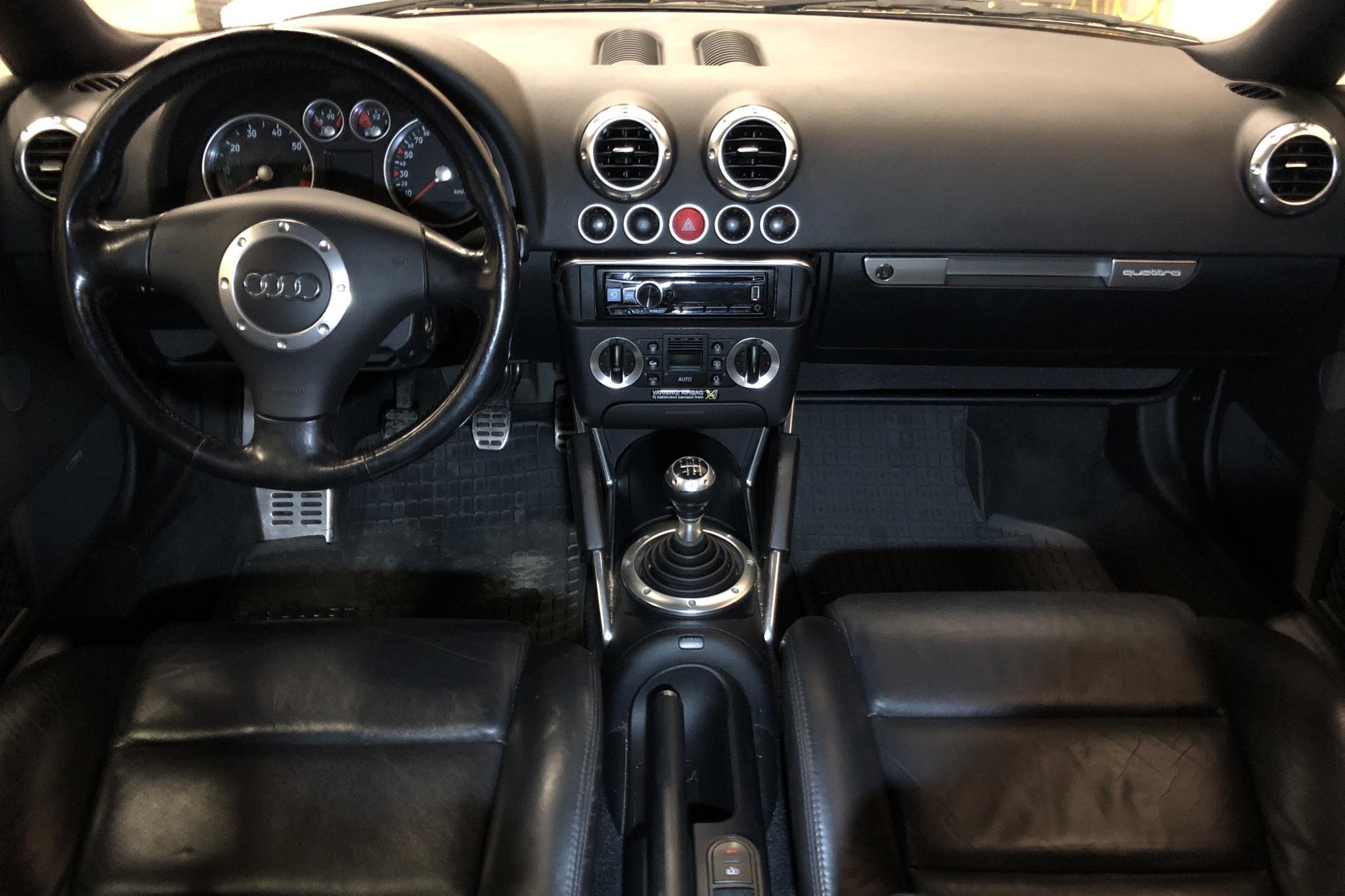 Audi TT 1.8TS Coupé quattro (225hk) - 18 463 mil - Manuell - blå - 2001