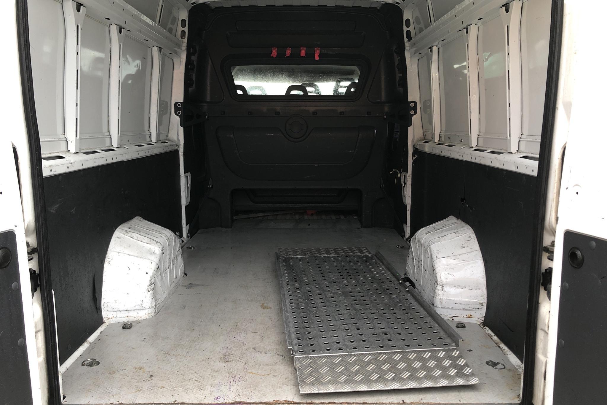 Peugeot Boxer 3.0 HDI Skåp (177hk) - 20 024 mil - Manuell - vit - 2013