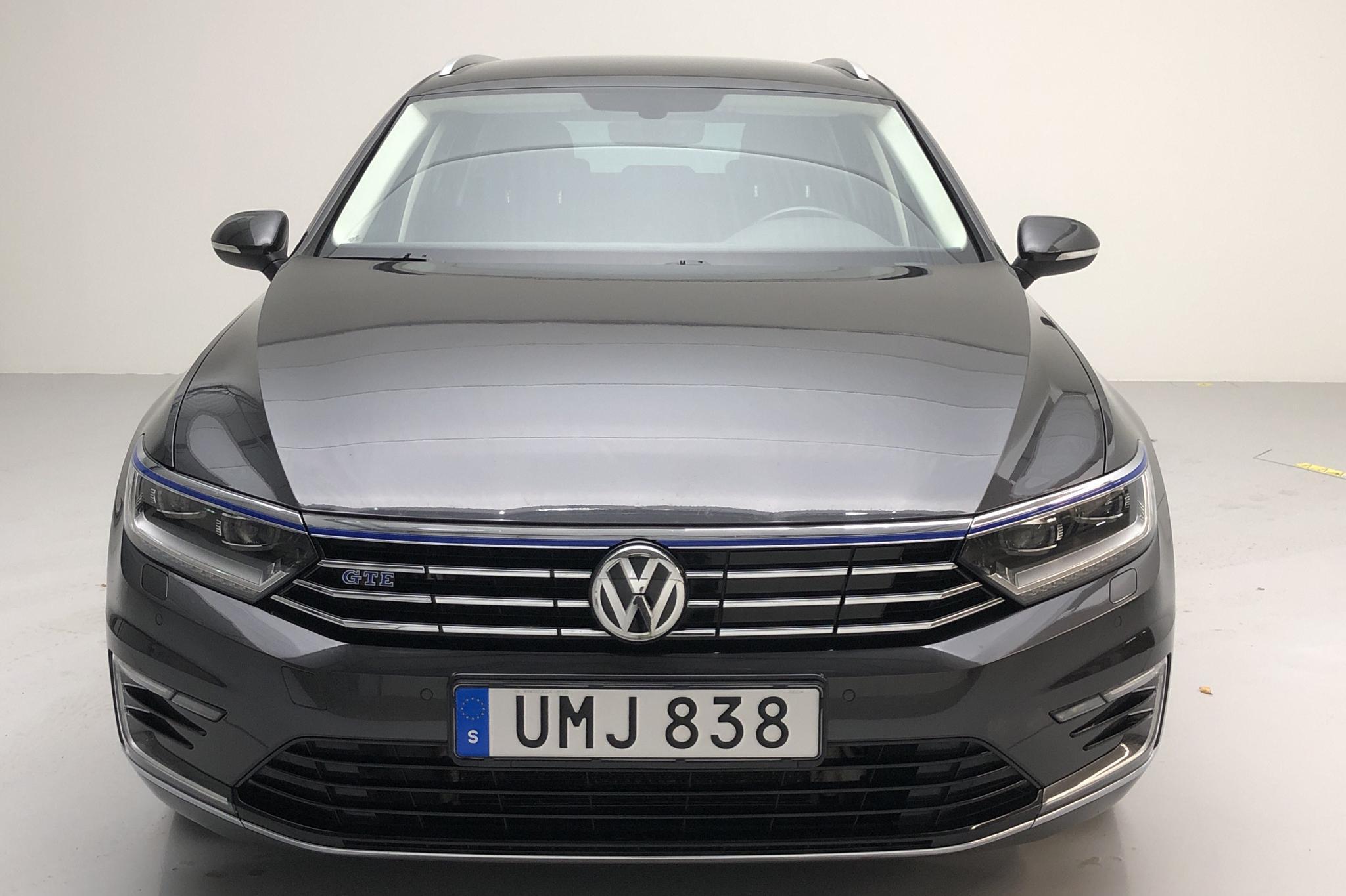 VW Passat 1.4 Plug-in-Hybrid Sportscombi (218hk) - 119 340 km - Automatic - Dark Grey - 2018