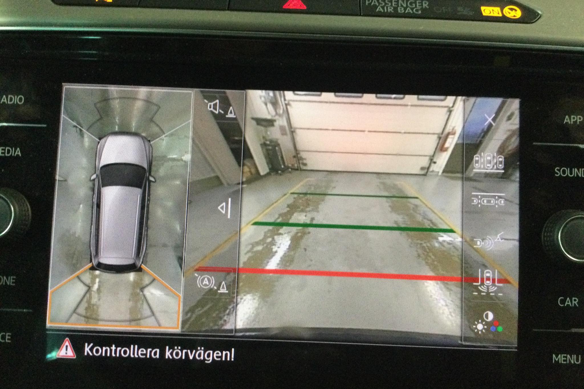 VW Passat 2.0 TDI Sportscombi (190hk) - 14 652 mil - Automat - Dark Blue - 2018