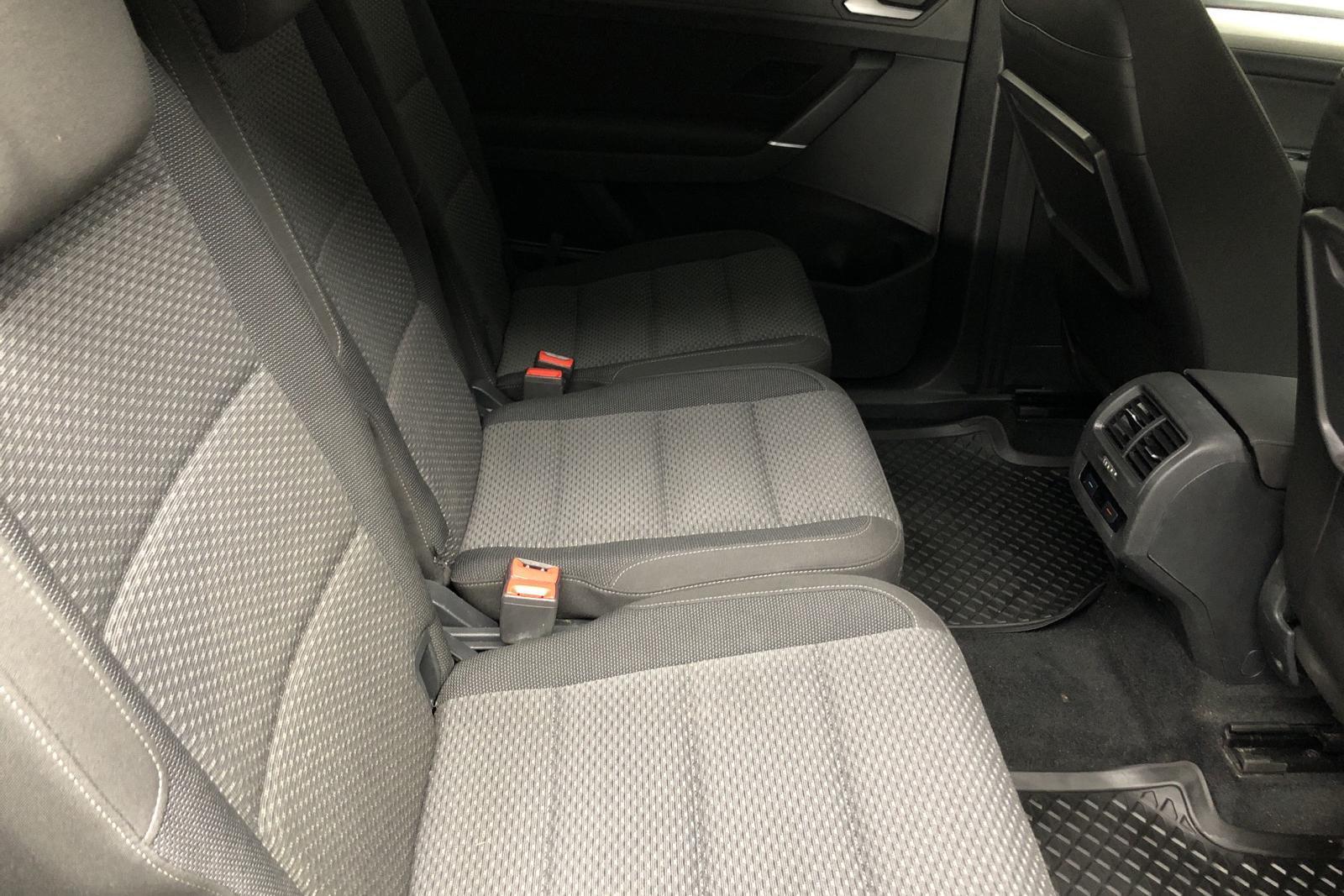 VW Touran 1.4 TSI (150hk) - 12 386 mil - Automat - svart - 2018
