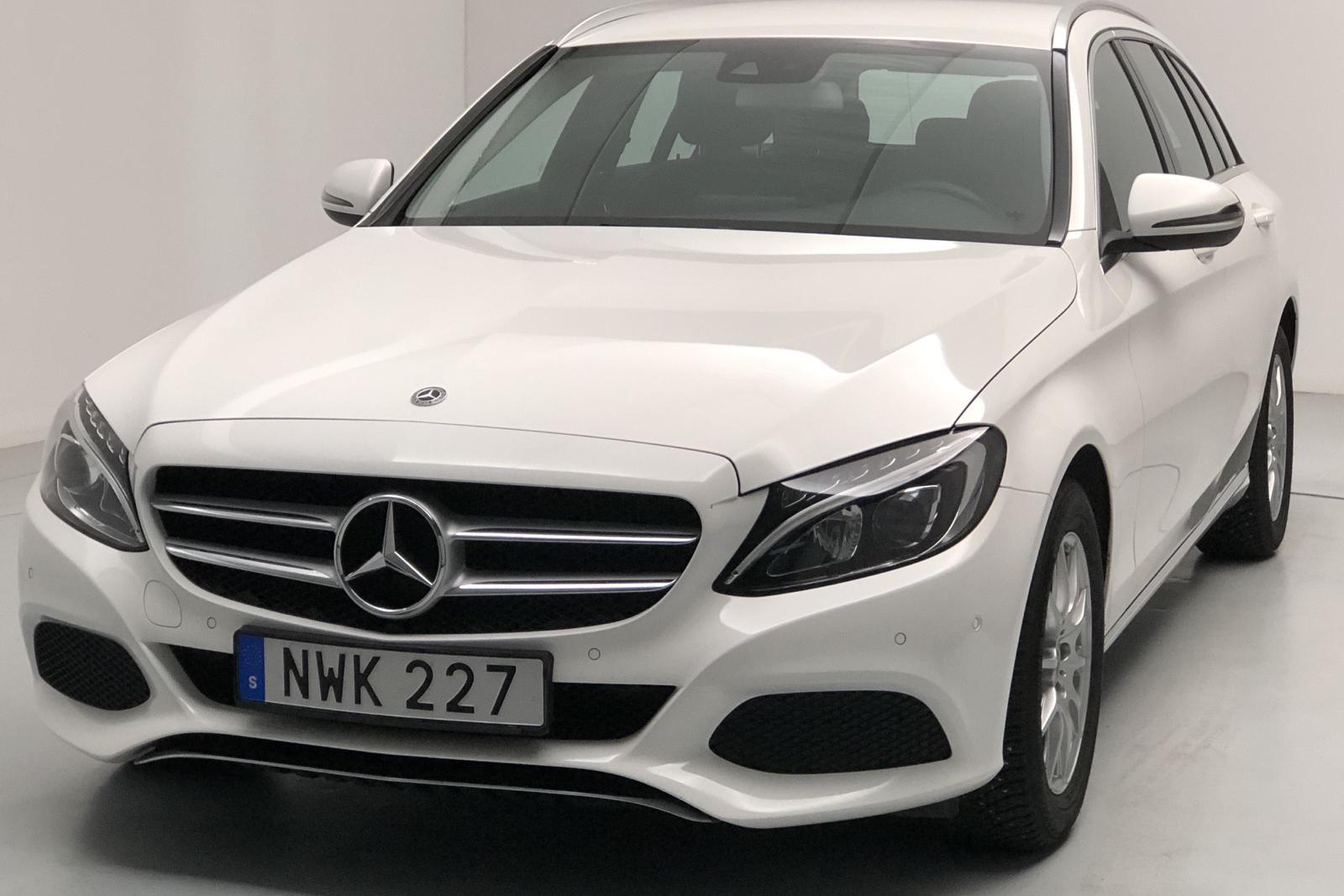 Mercedes C 180 Kombi S205 (156hk) - 8 064 mil - Automat - vit - 2018