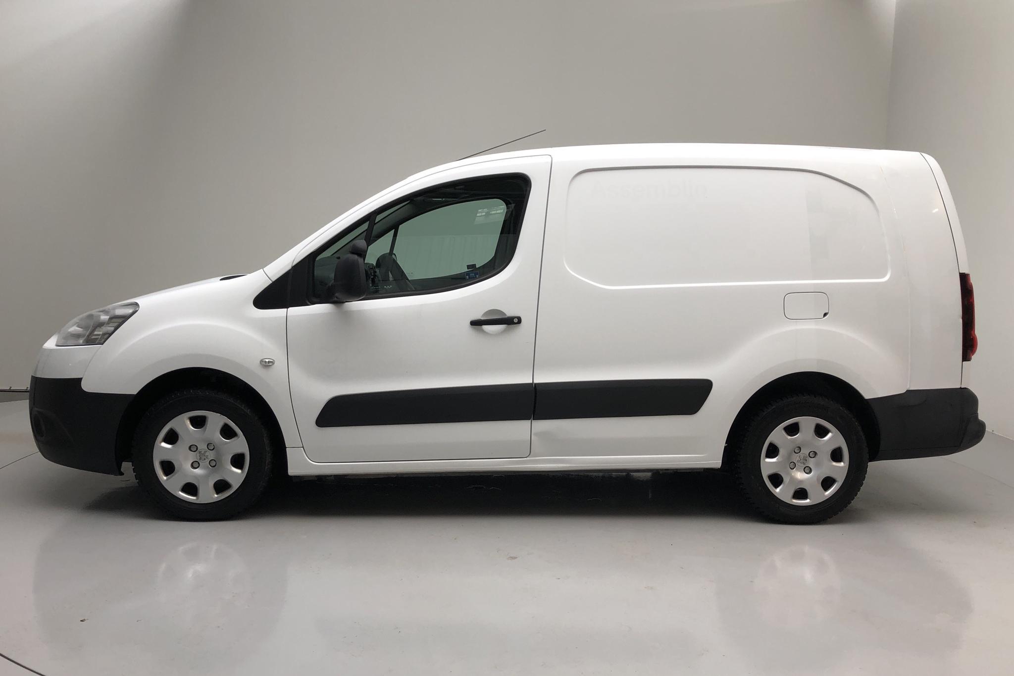 Peugeot Partner 1.6 e-HDI Skåp (90hk) - 11 385 mil - Manuell - vit - 2013